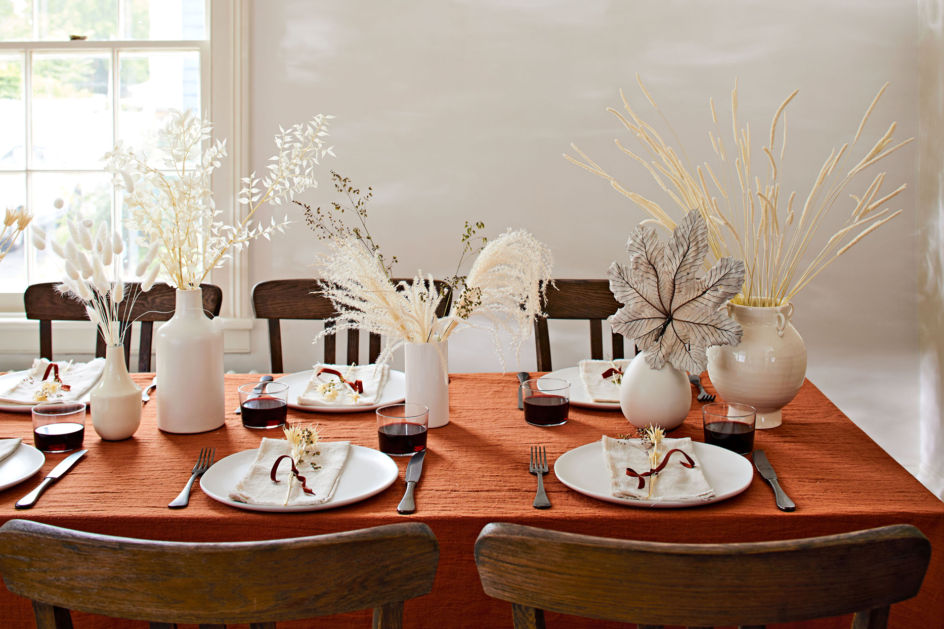 17 Thanksgiving Table Settings Sure To Wow Your Guests Martha Stewart