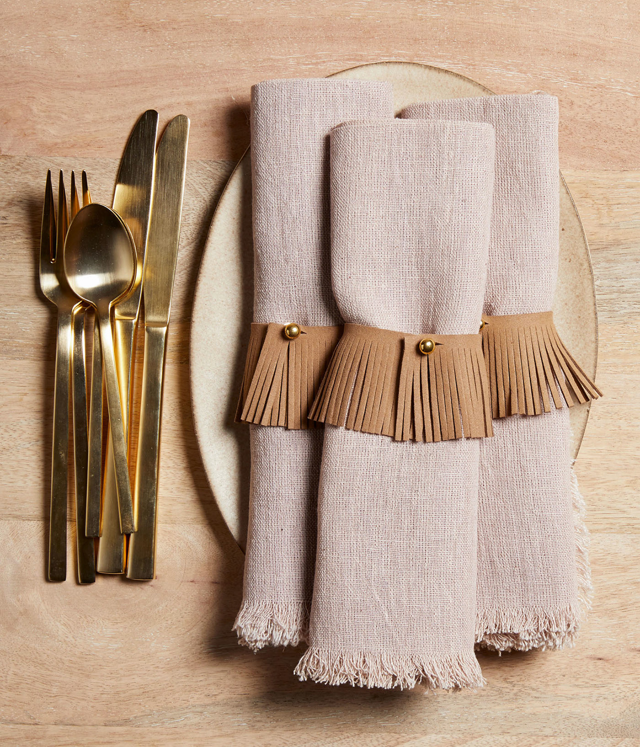 natural place setting crafts napkin holder skirt gold silverware