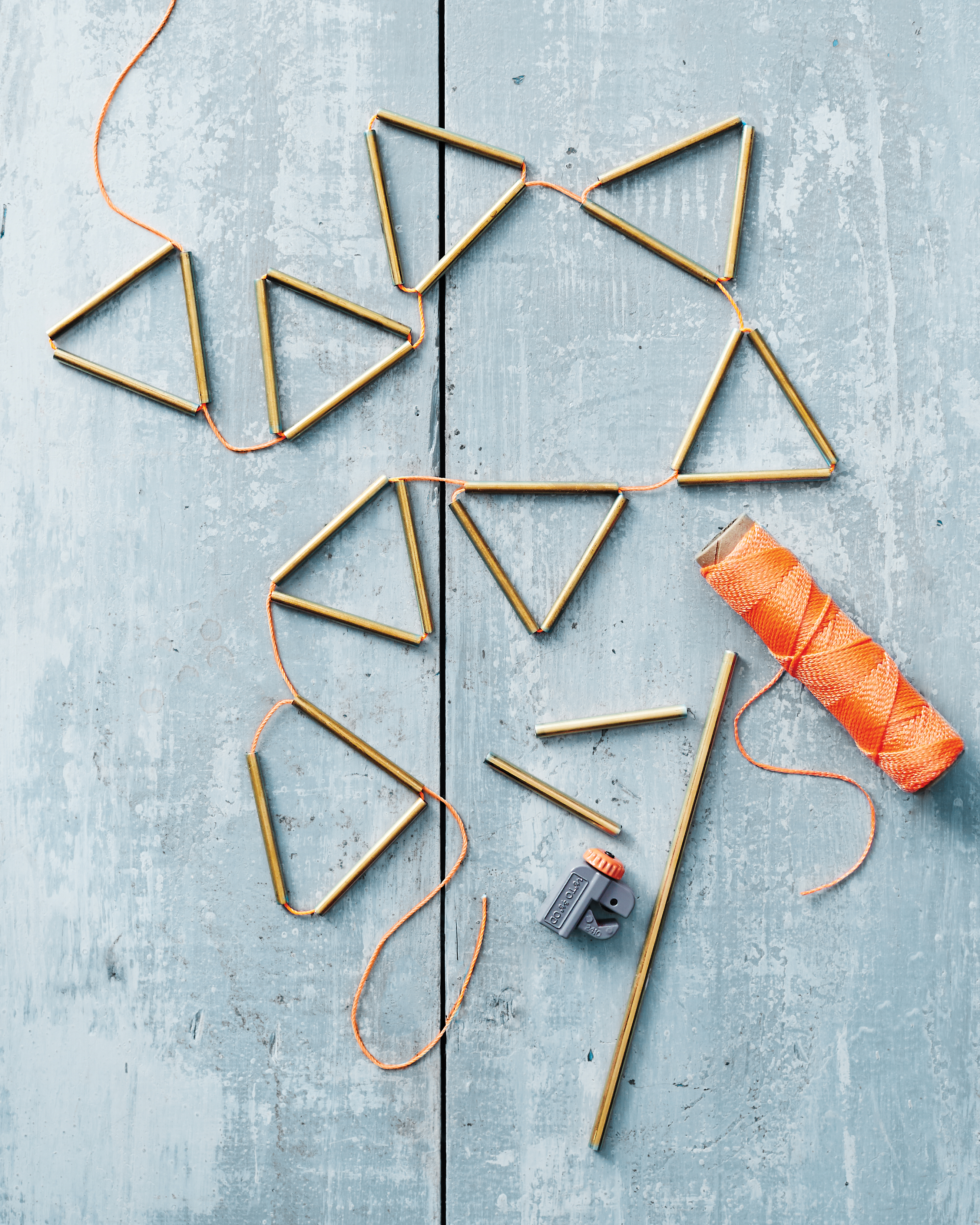 brass hardware garland