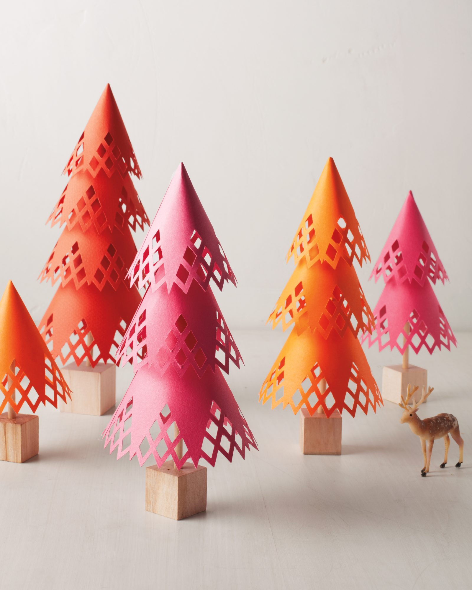 Newspaper Christmas Tree: 12 Easy Christmas Crafts Anyone Can Make This Holiday