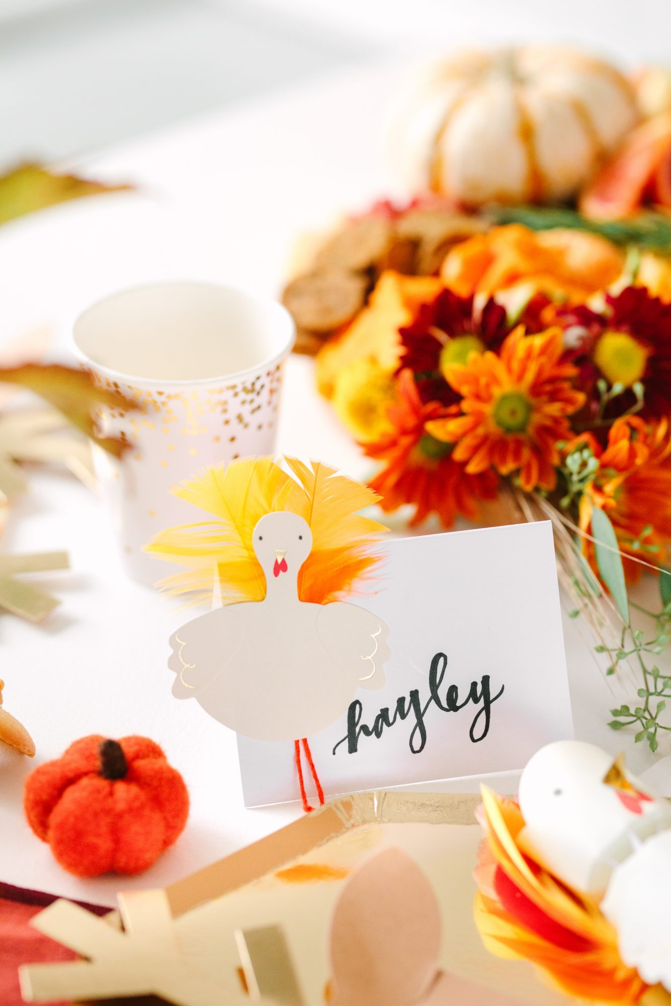 turkey place card at the kids table