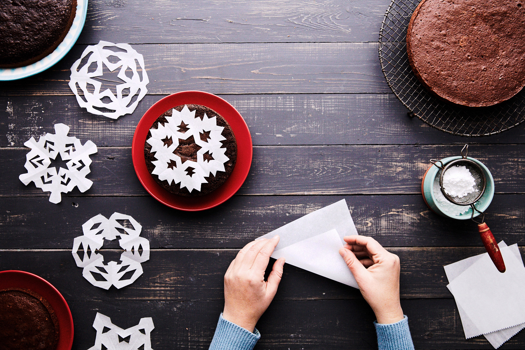 creating snowflake parchment paper half fold