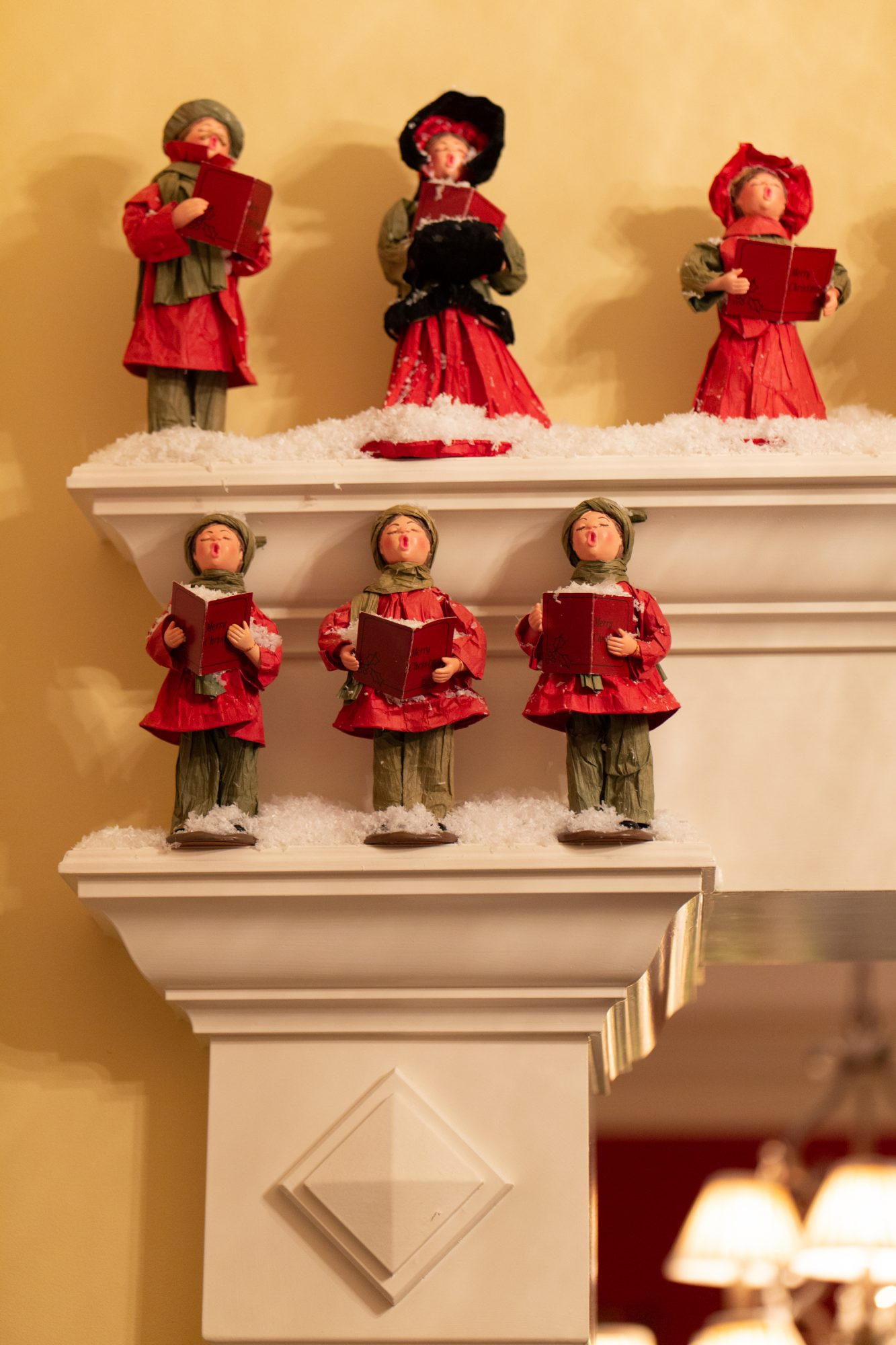 holiday party caroler decorations