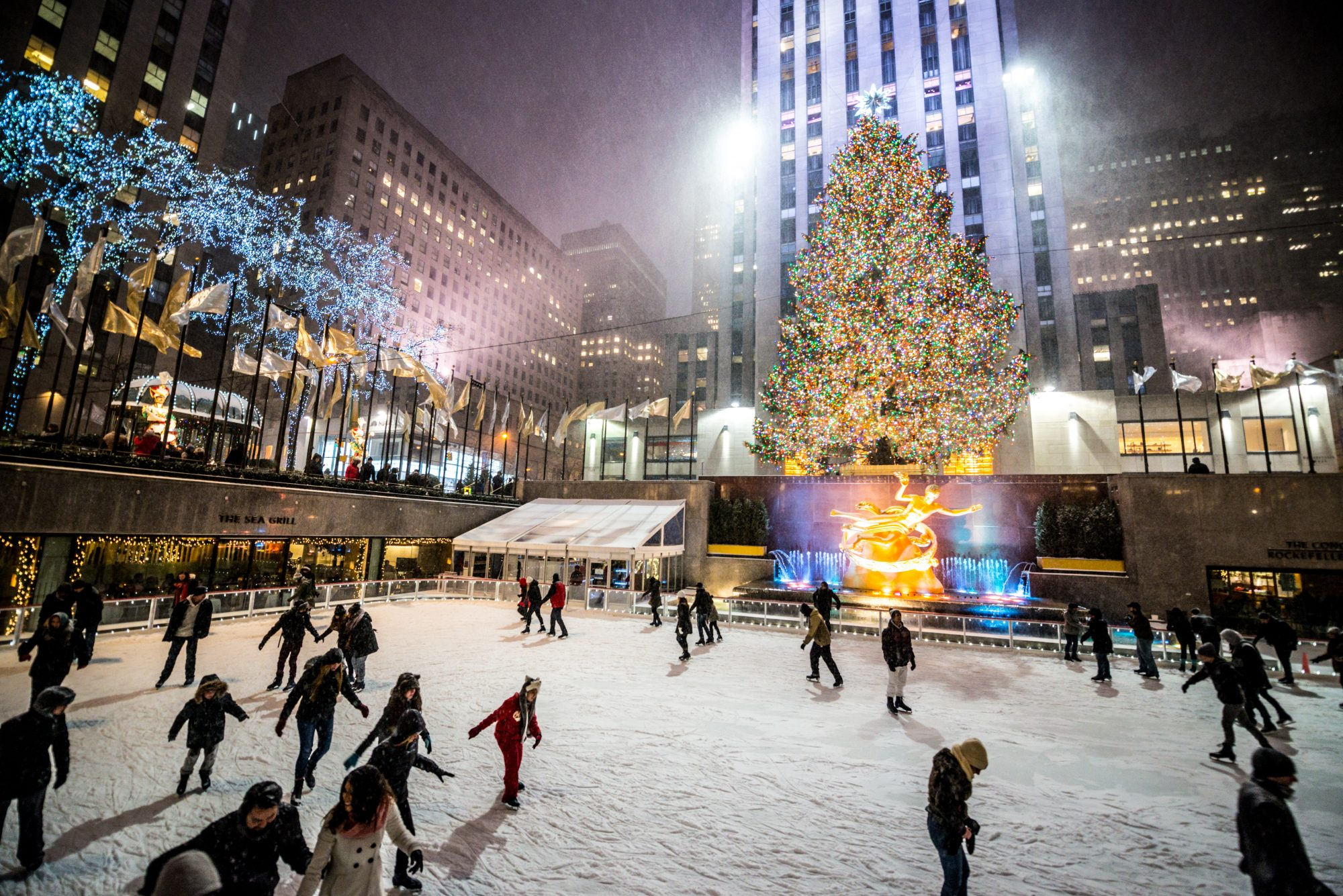 people ice-skating at Rockefeller Center in New York City