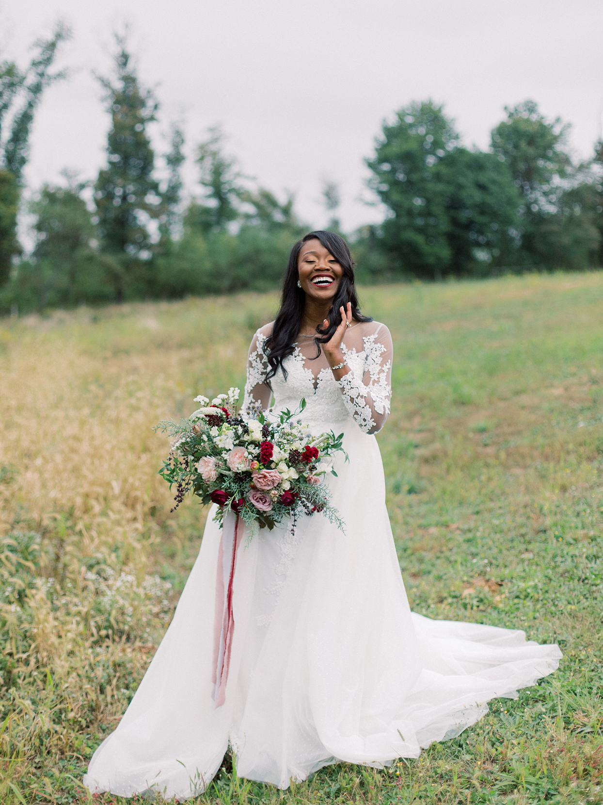 rebecca isaac wedding bride golding red and pink bouquet