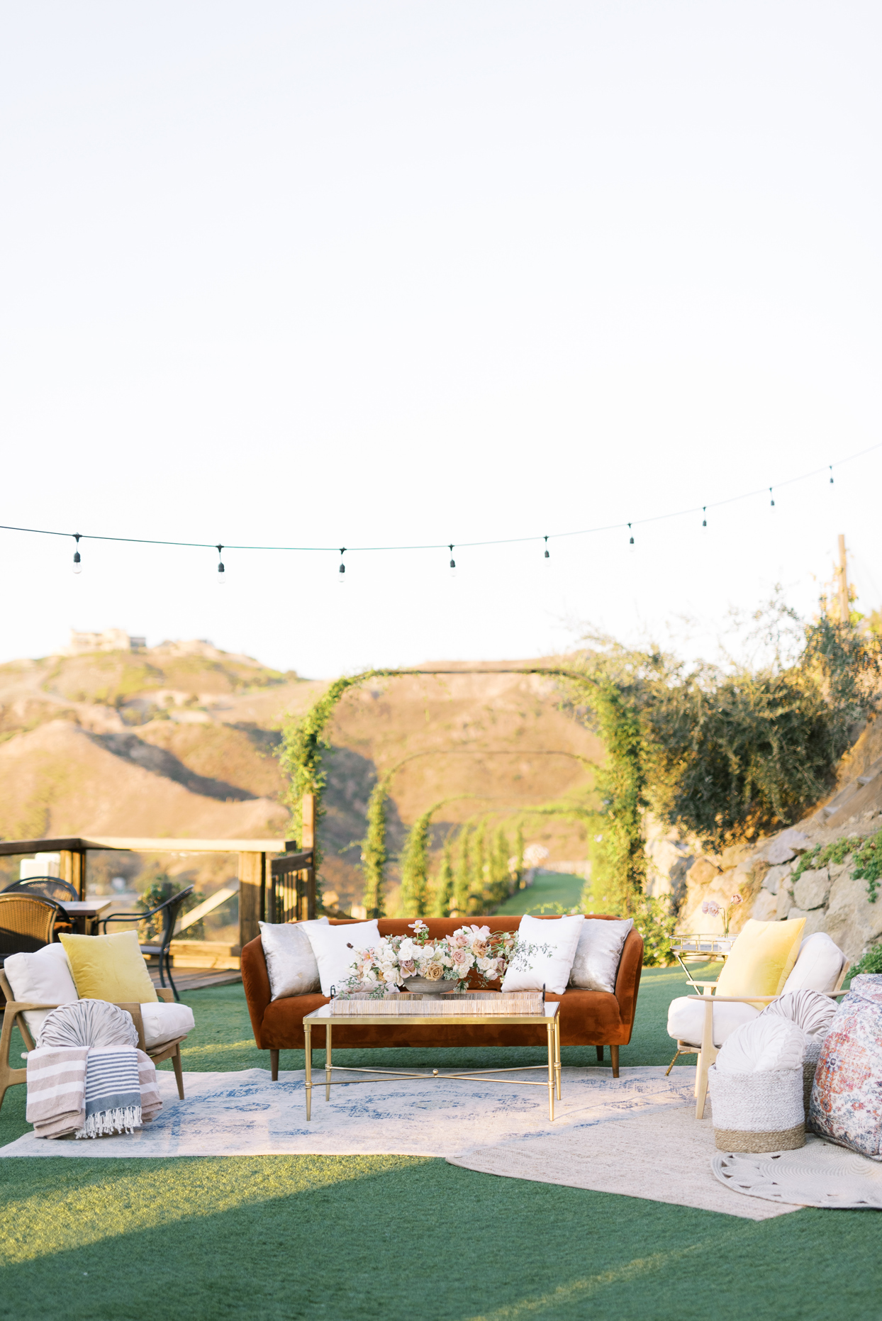Outdoor wedding lounge for cocktail hour