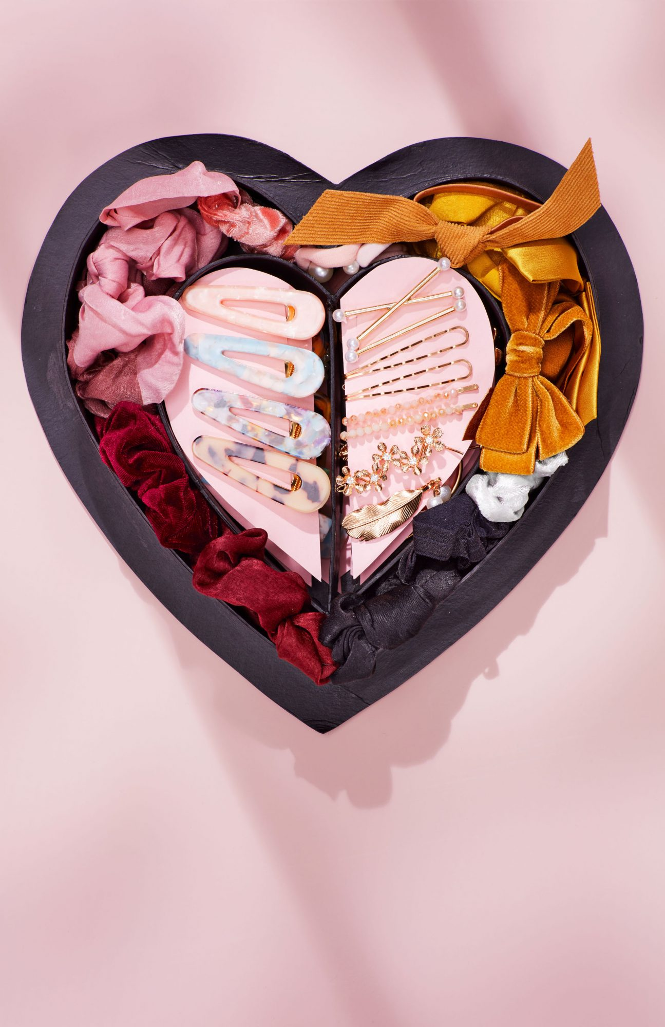 hair accessory personalized heart box