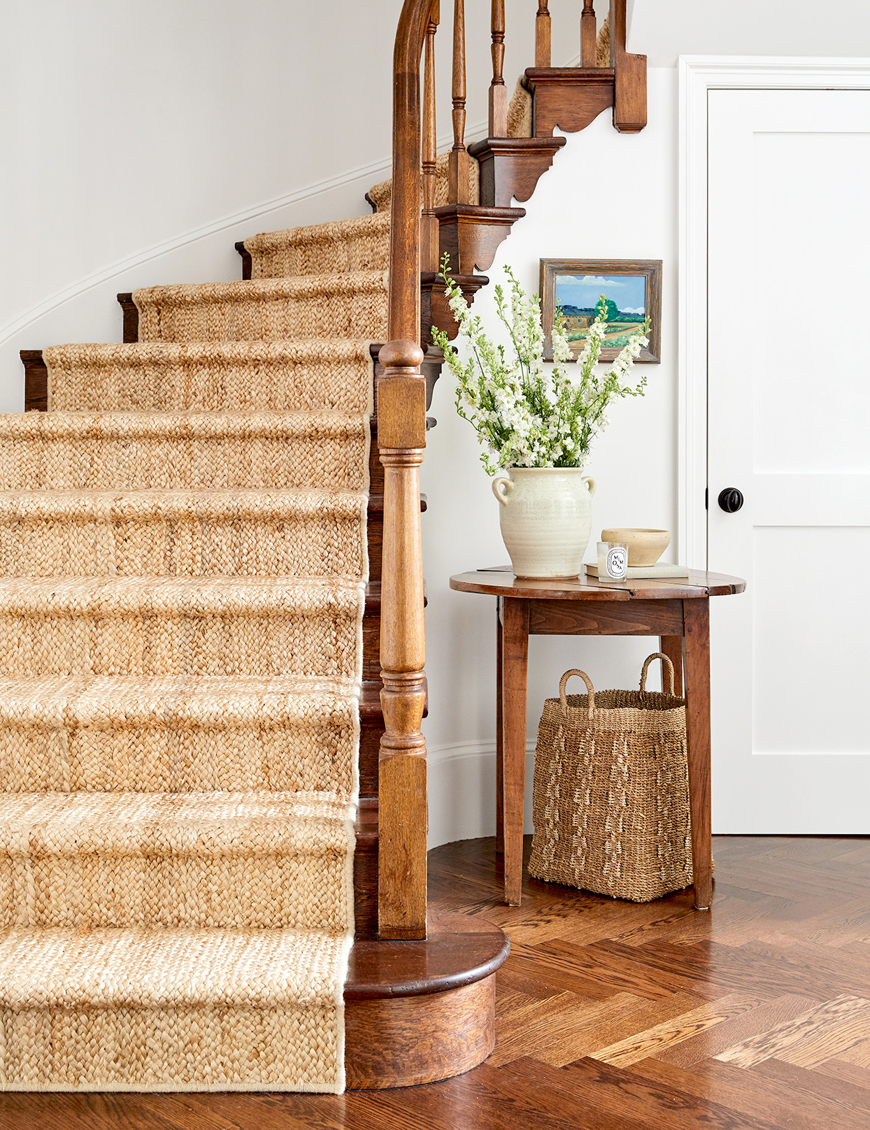 Stairs with stitched runner and table