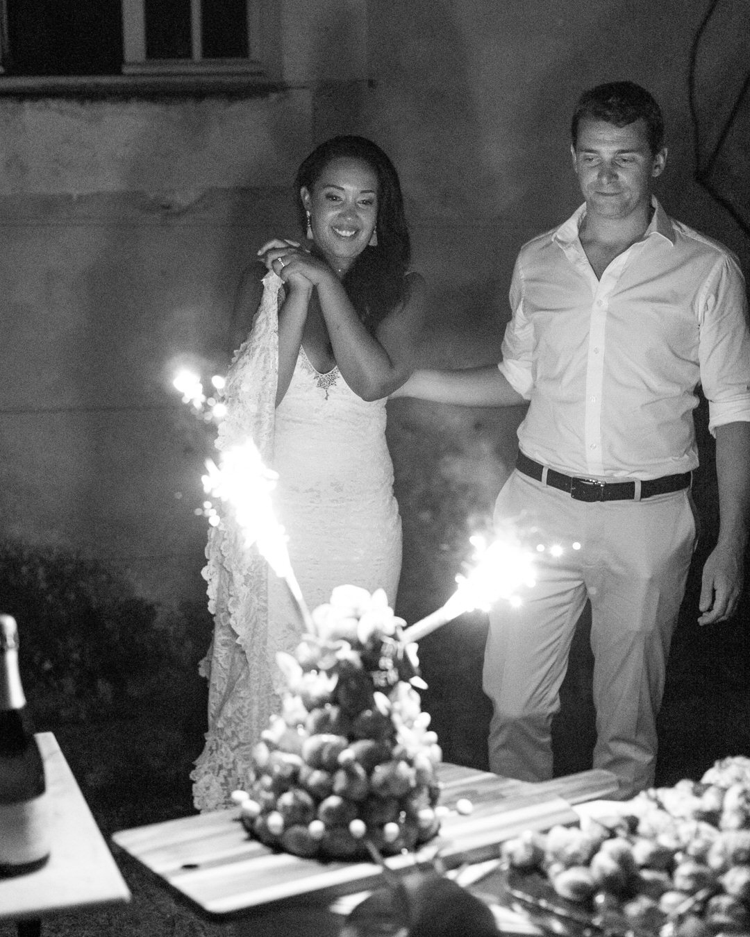 jen tim wedding croq with sparklers