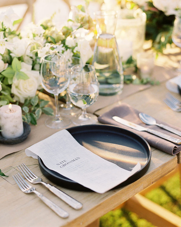 becca joey wedding reception place settings