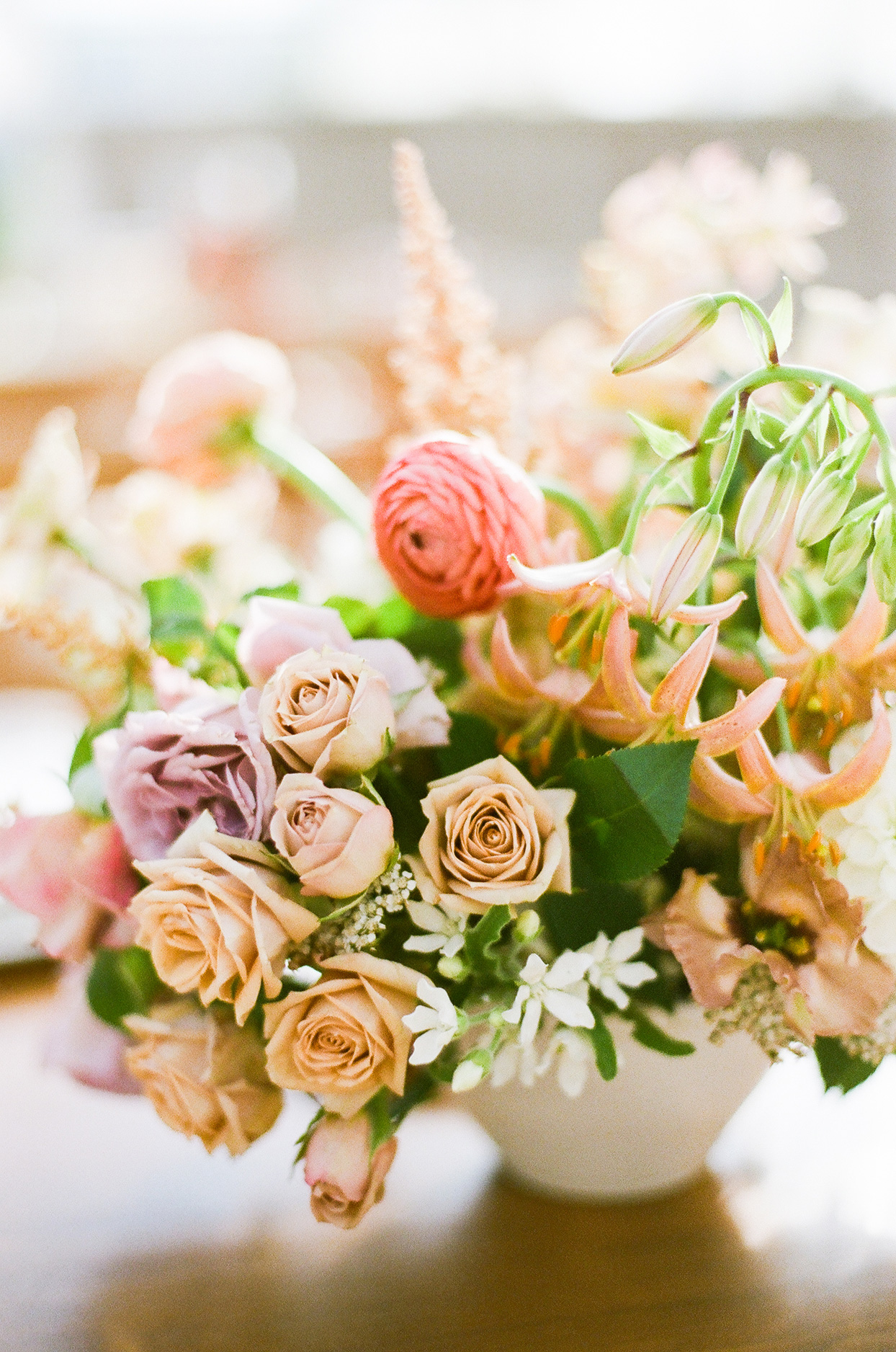 pink tones roses wedding flowers