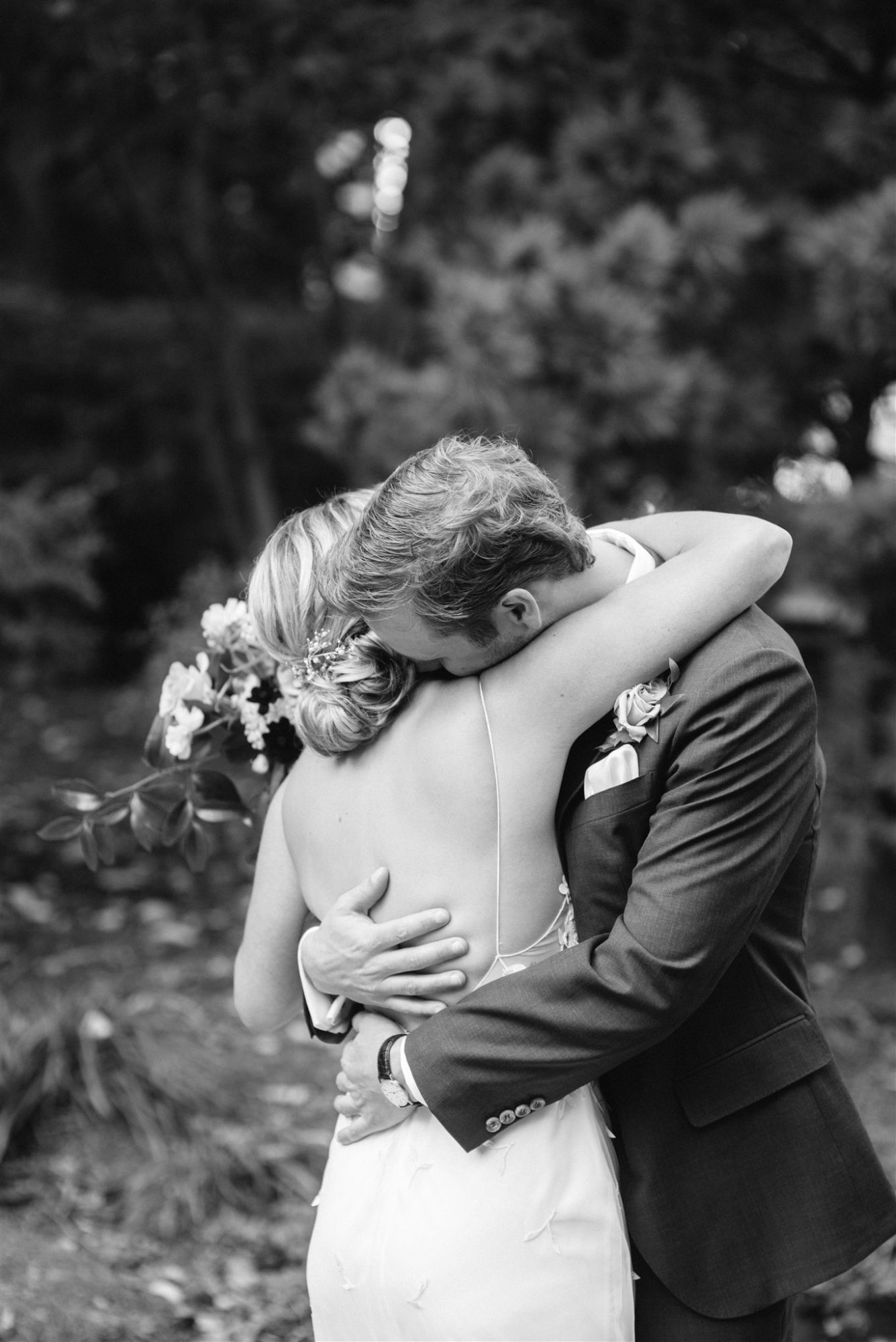 black and white outdoor photo brianna and drew hugging