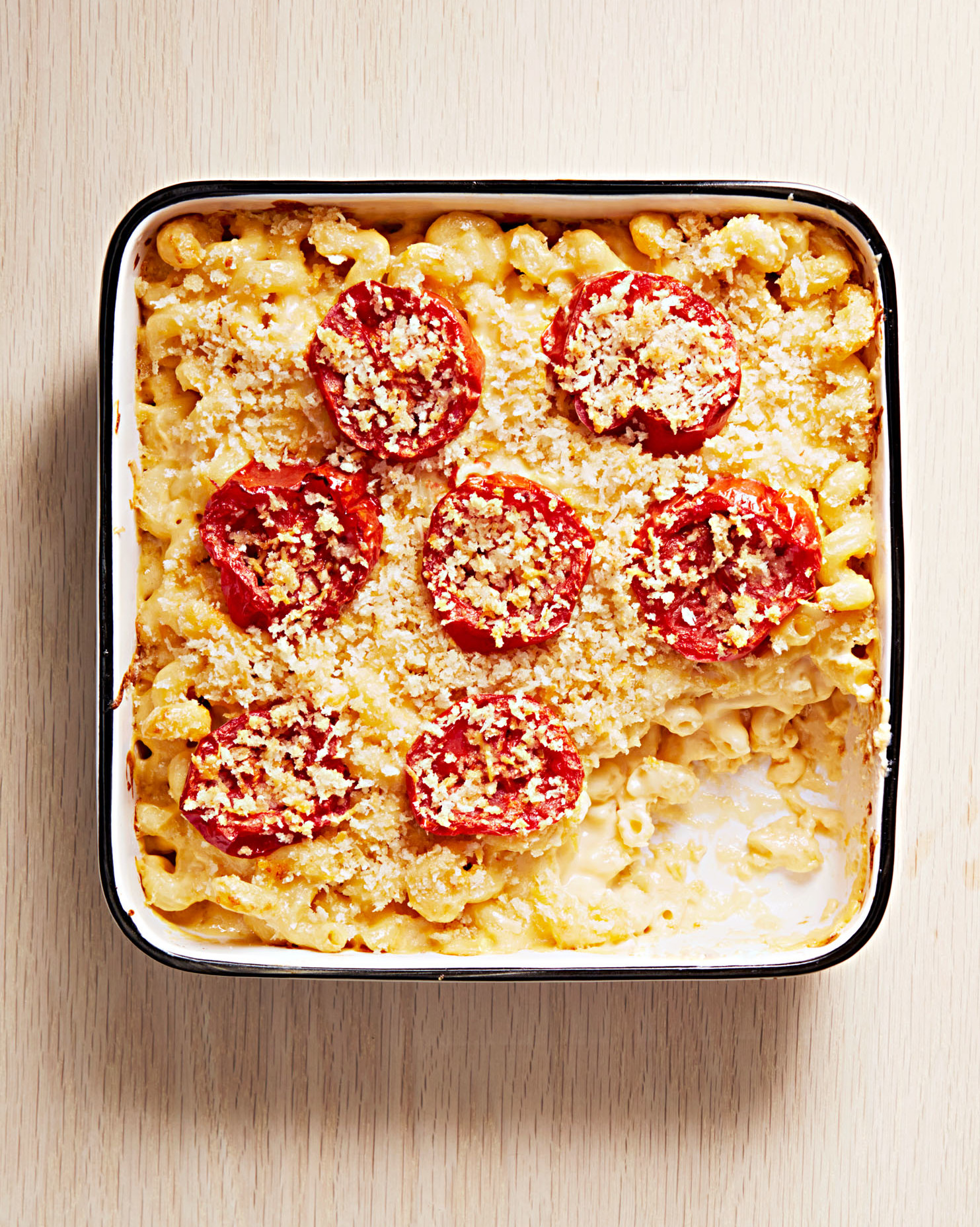 baked macaroni and cheese with broiled tomatoes