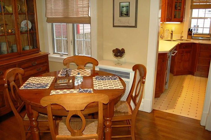out of date breakfast nook before remodeling
