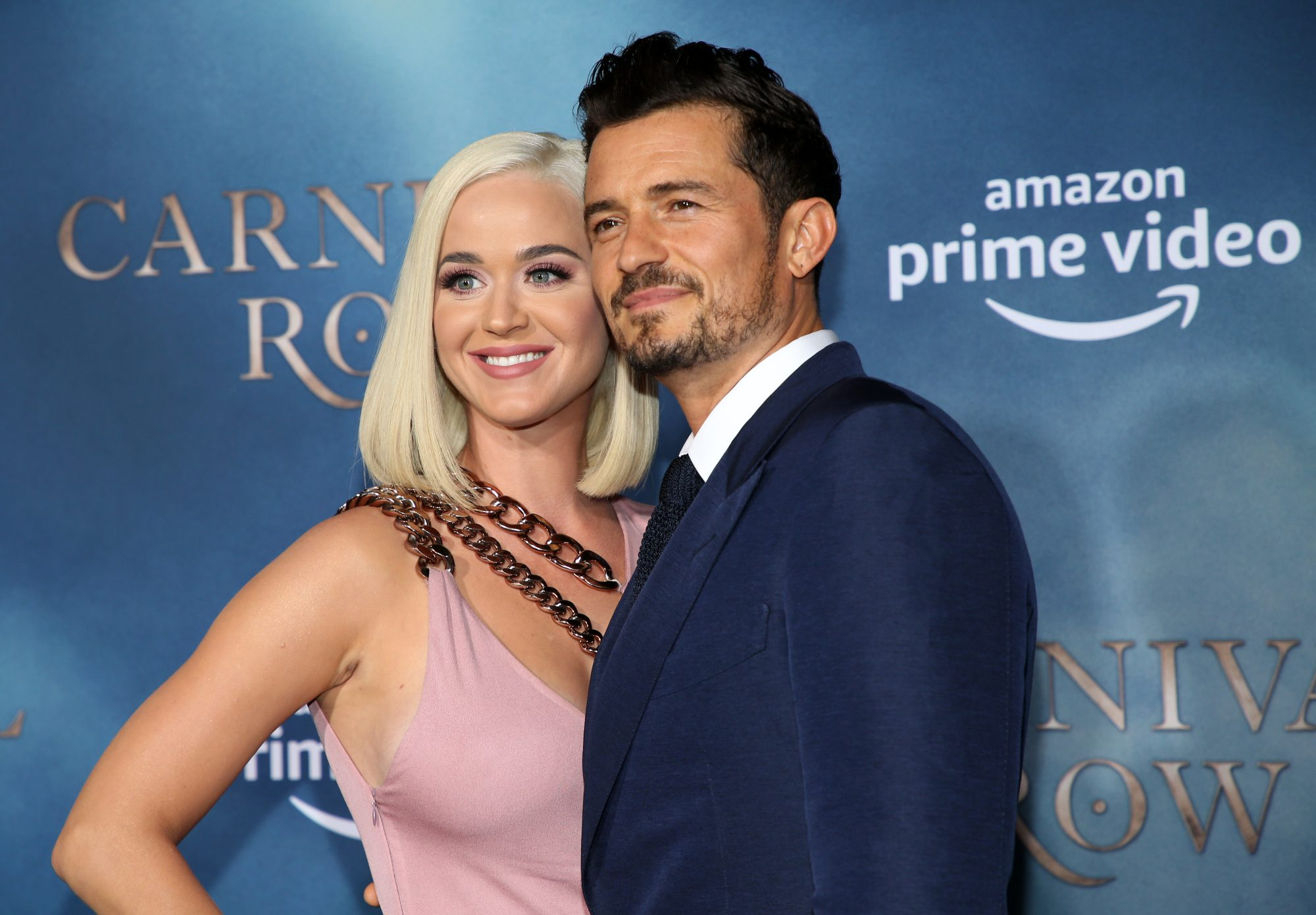 katy perry orlando bloom carnival row red carpet