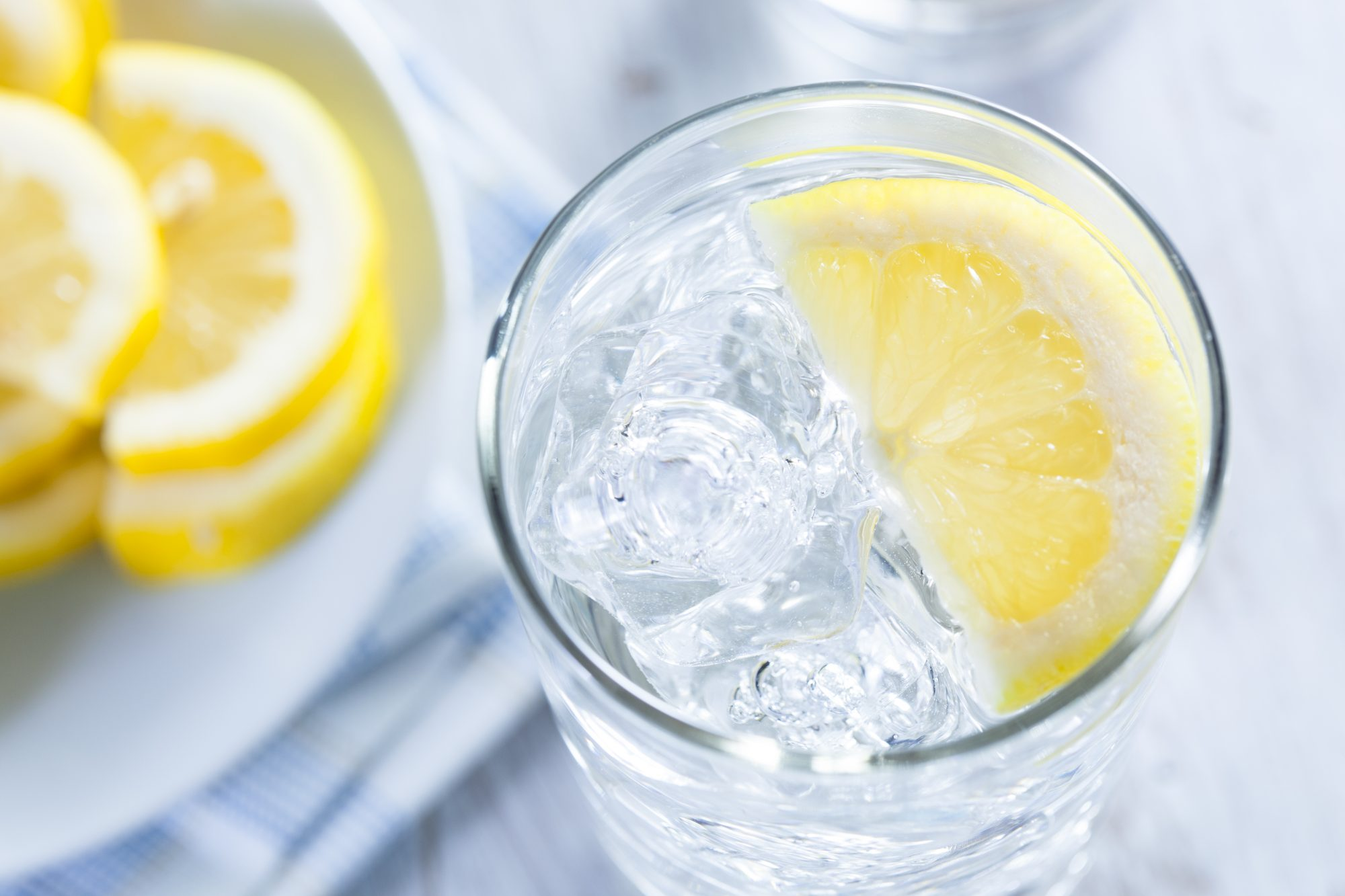 The Surprising Benefits of Drinking Lemon Water