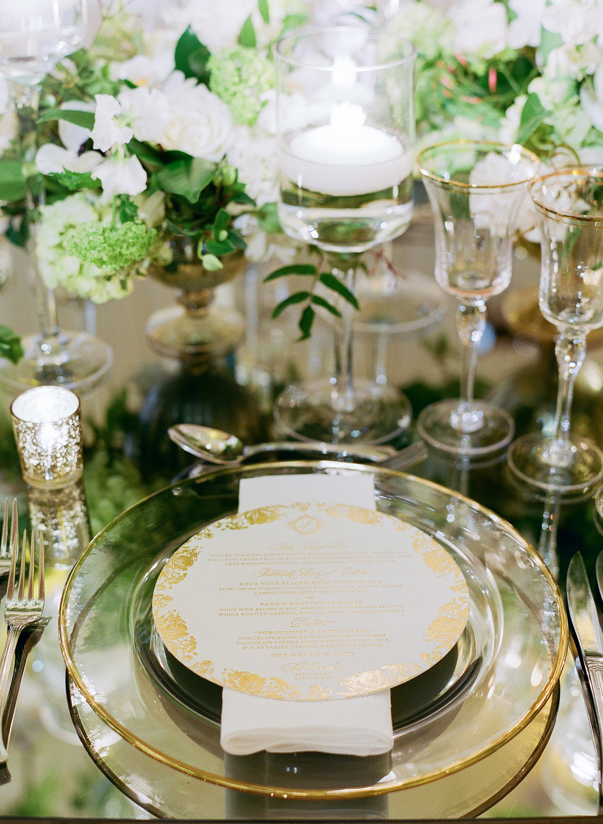 brittany brian wedding reception elegant place setting with glass plate