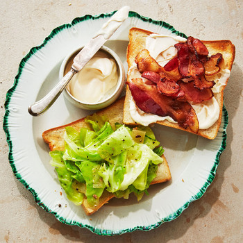 cabbage and bacon sandwich