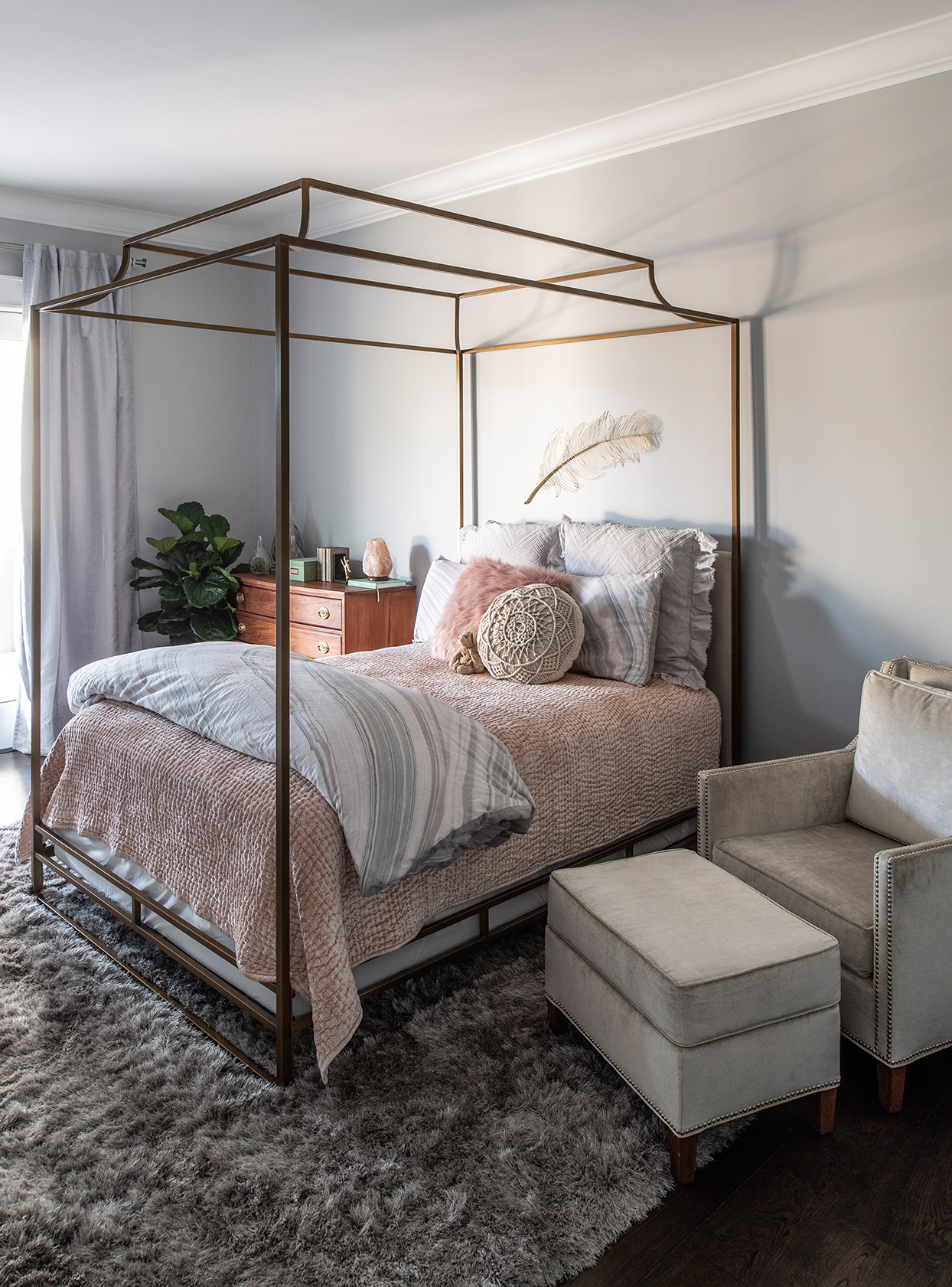 pale pastel bedroom with light pink accents