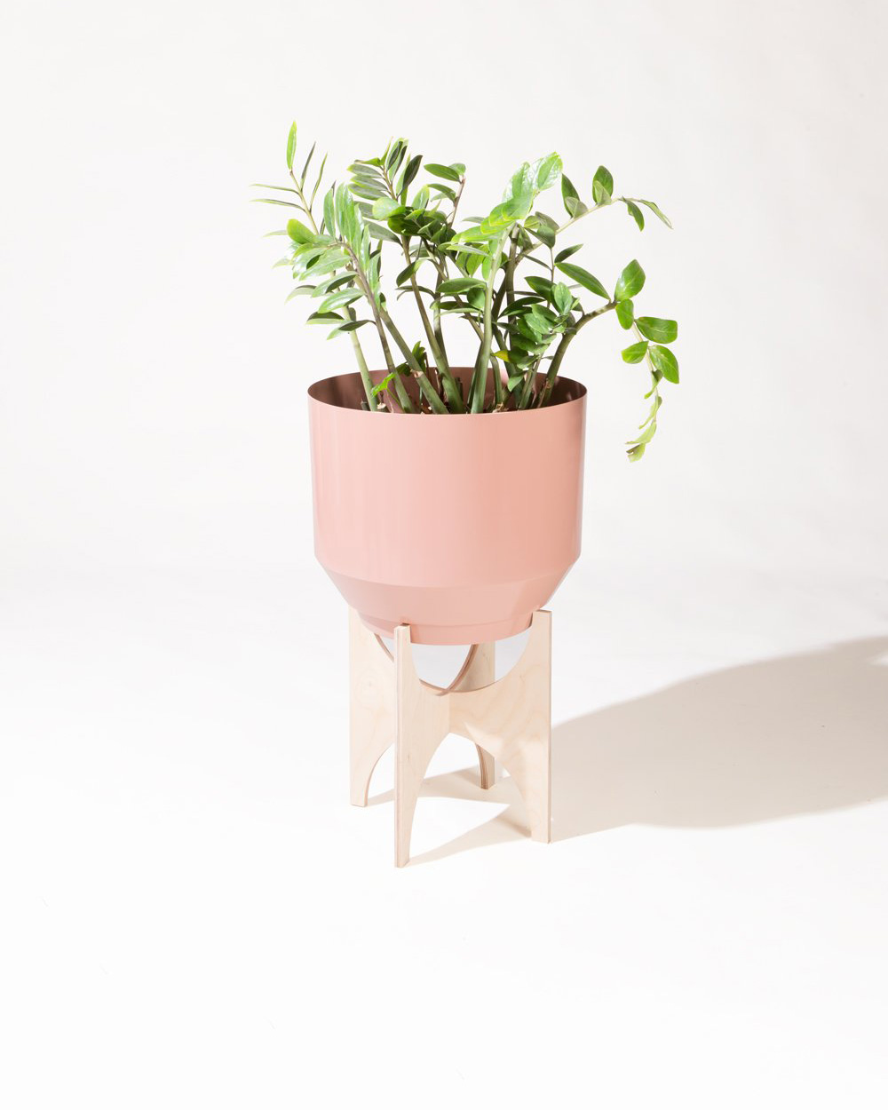Yield Spun Planter Peach and Natural Birch Planter Stand