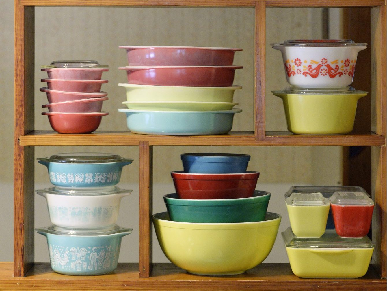 Pyrex on the shelves at home