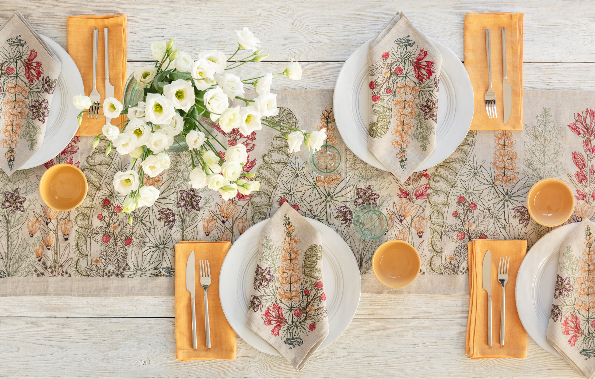 "Coral & Tusk ""Prairie Meadow"" Table Runner"