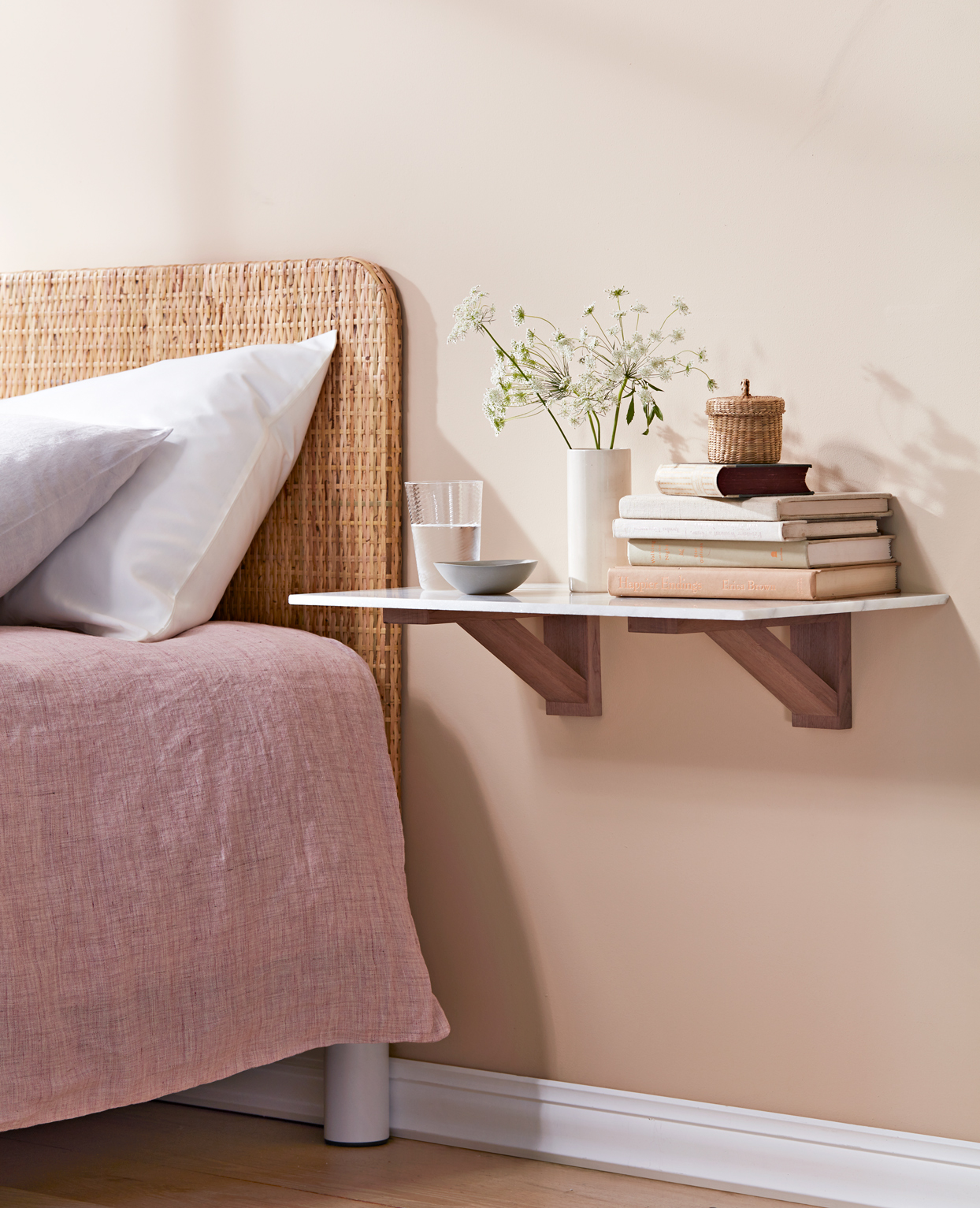 Instant bedroom shelving