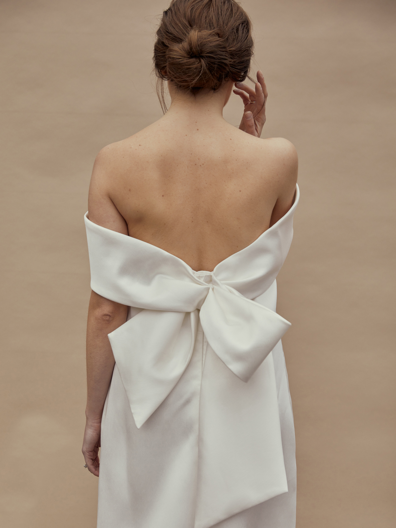 amsale off-the-shoulder bow back wedding dress spring 2021