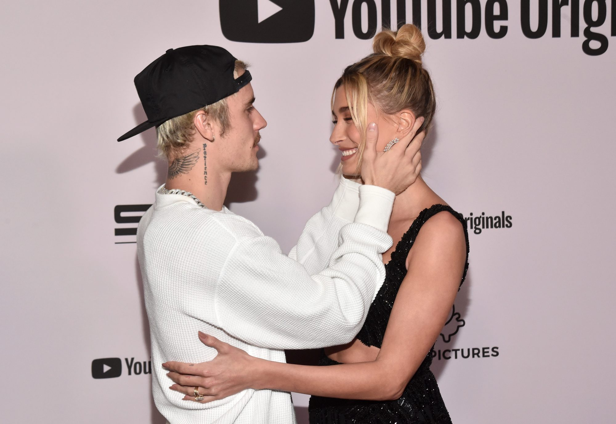 Hailey Baldwin和Justin Bieber