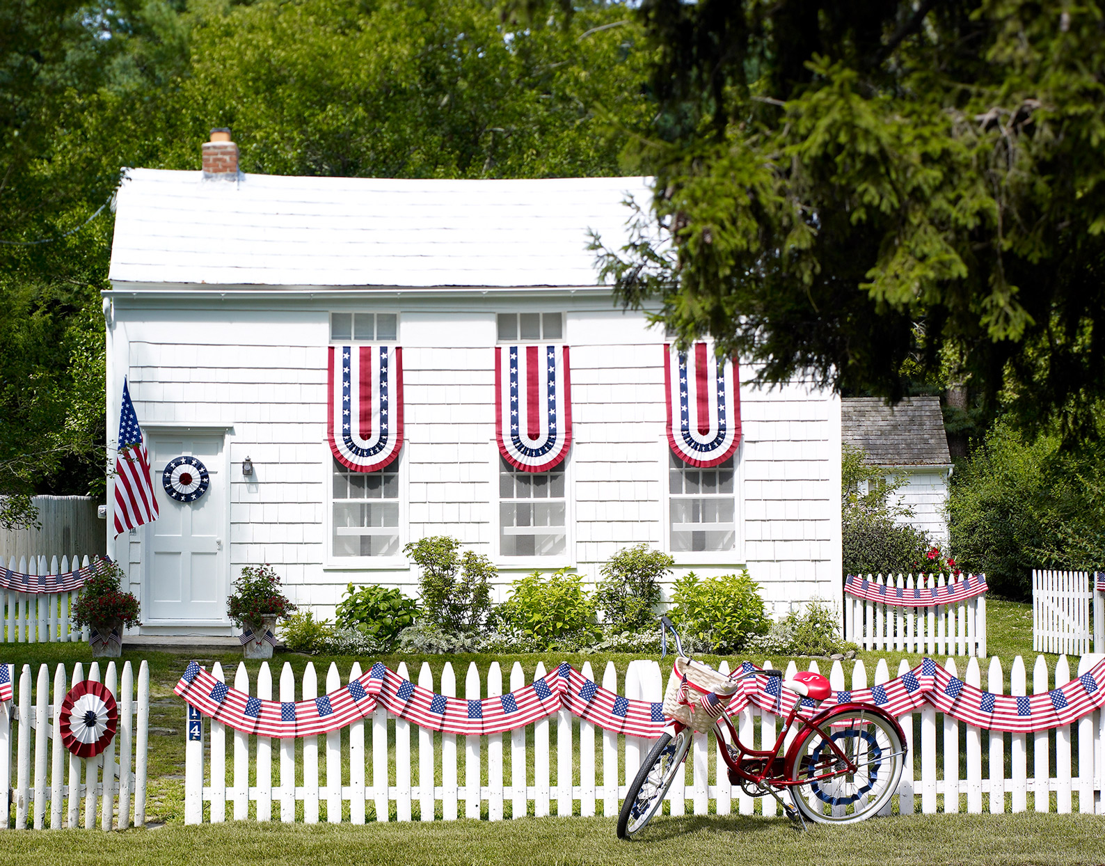 patriotic fourth of july outdoor home decor