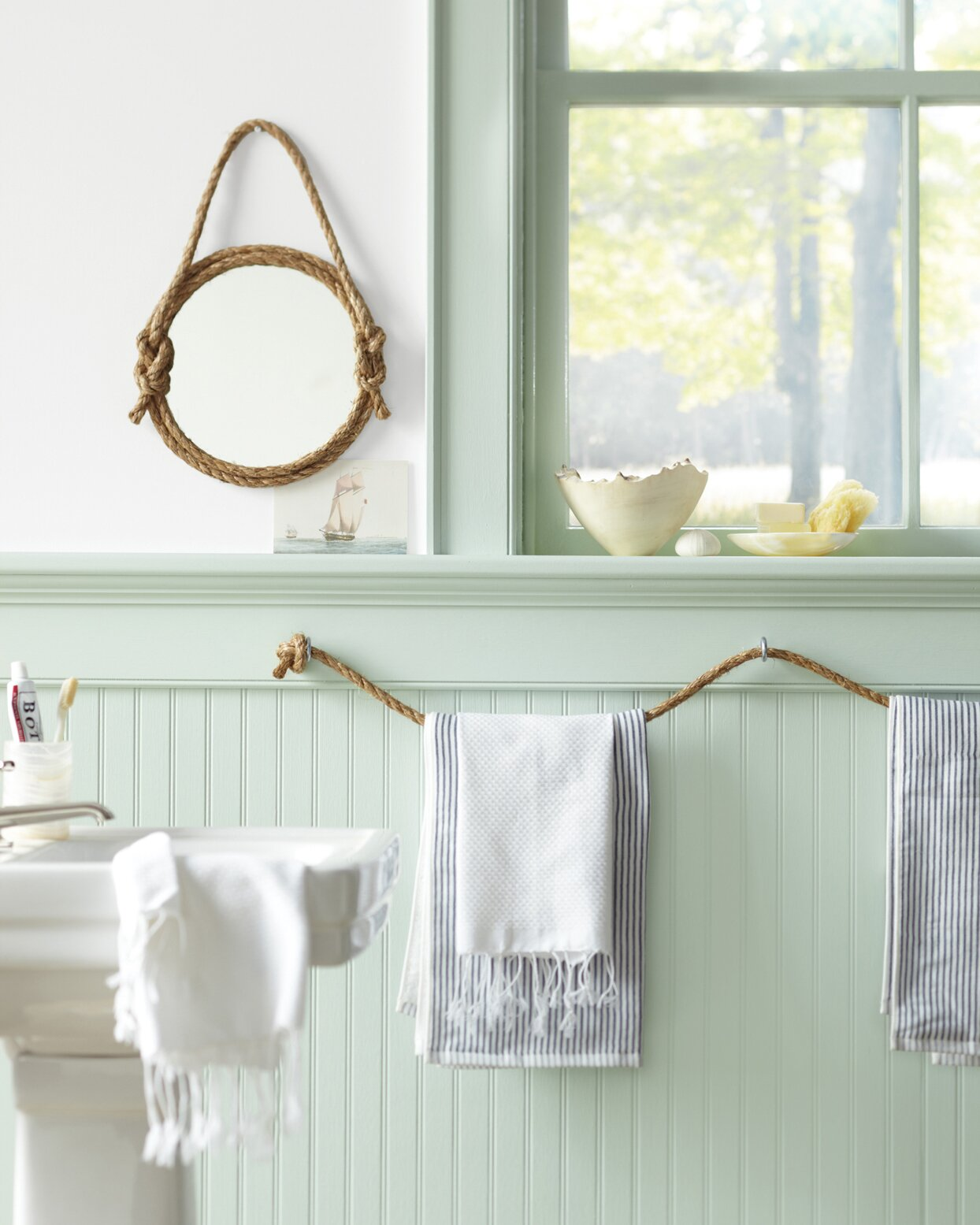 The Best DIY Ideas for Bathroom Wall Décor  Martha Stewart