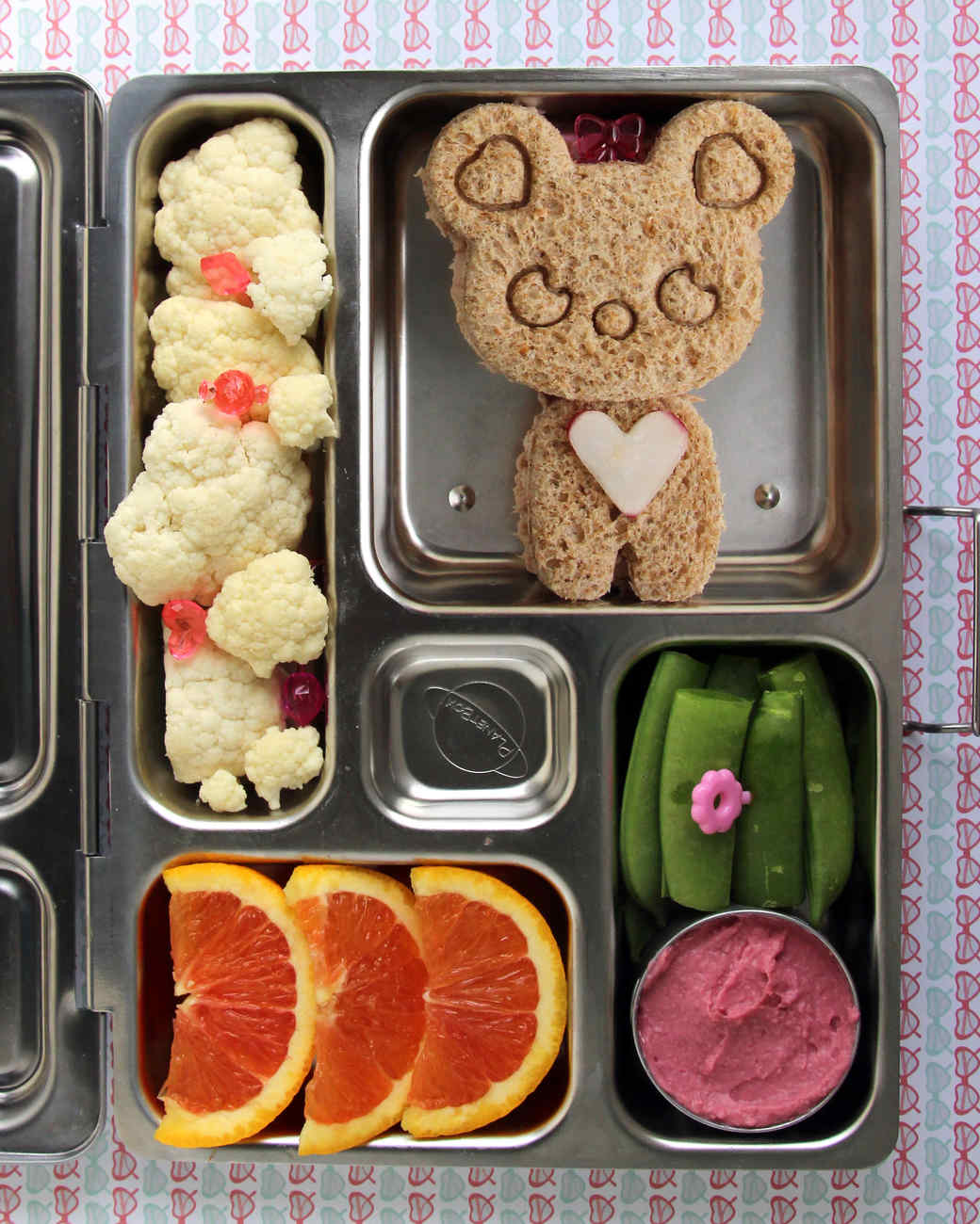 kids bento box with bear sandwich cutout