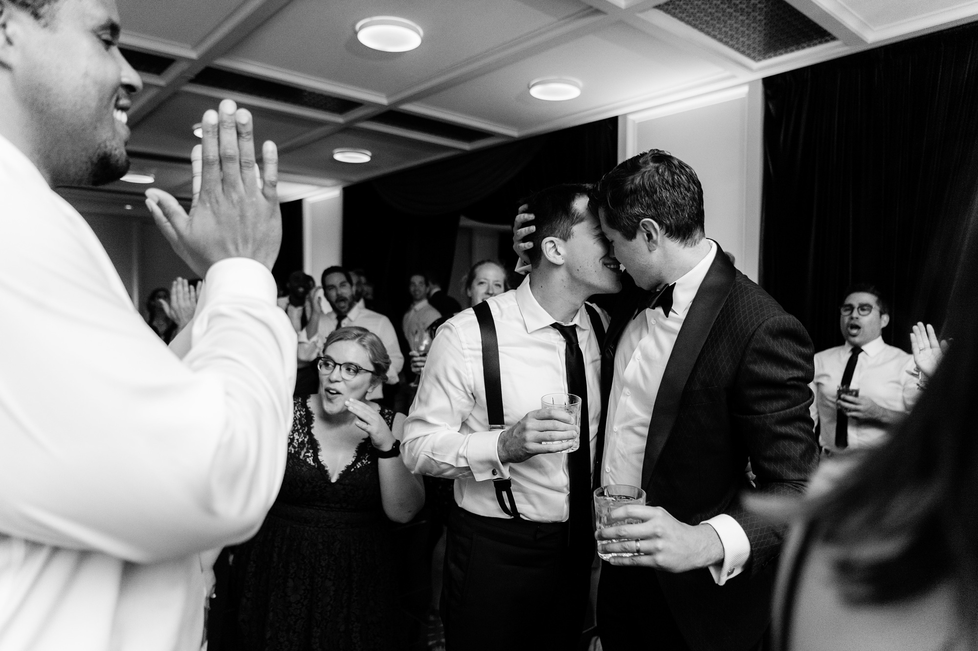 wedding couple kissing on dance floor