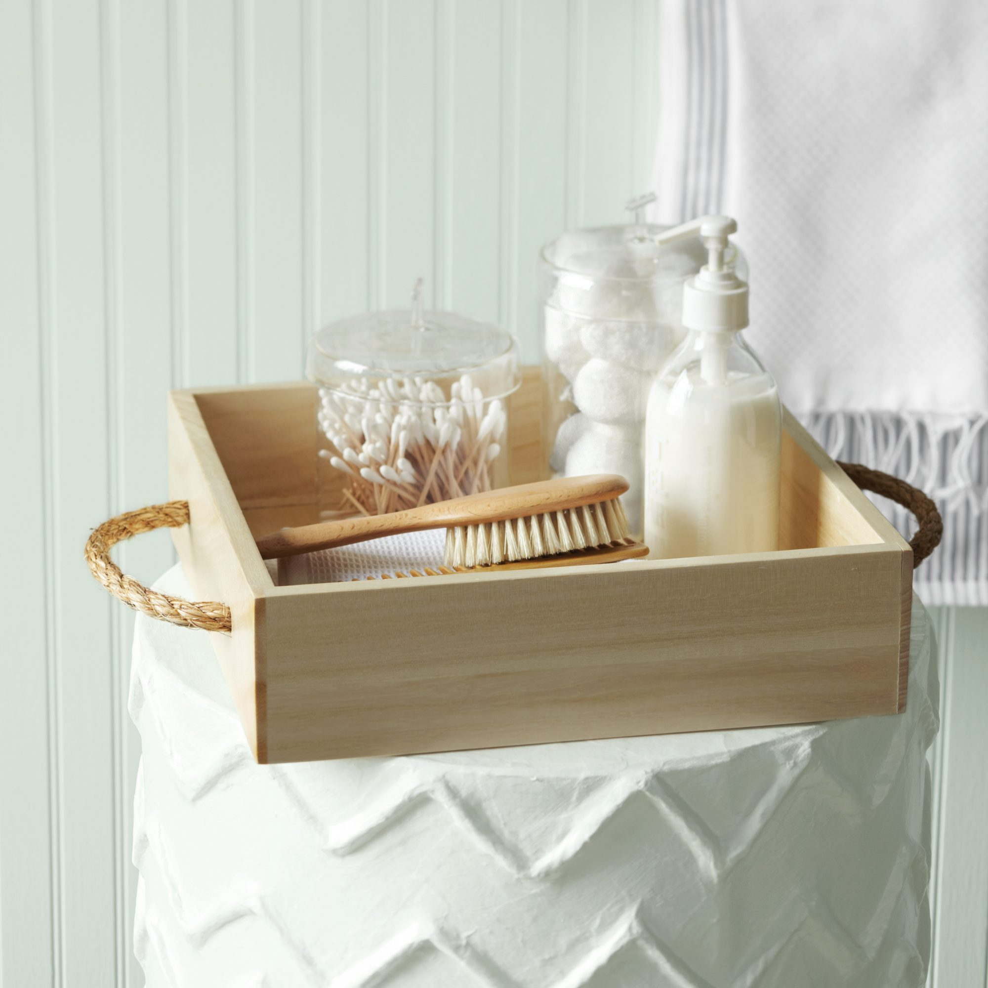 rope caddy with bathroom essentials