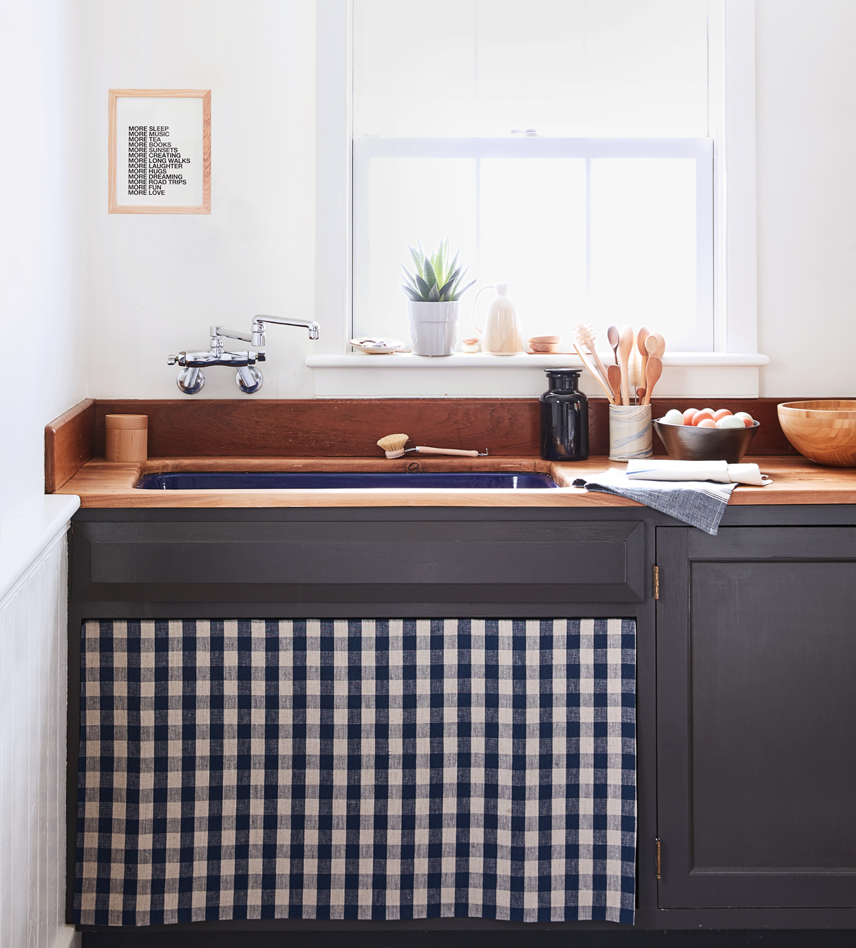 kitchen sink with decorative diy sink skirt