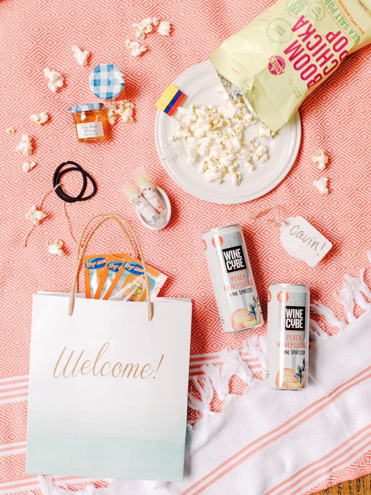 wedding welcome bags with snacks