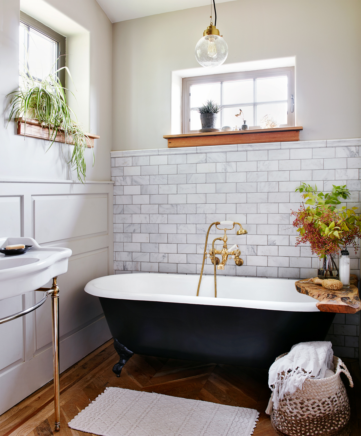 the modern bathroom decorated with plants