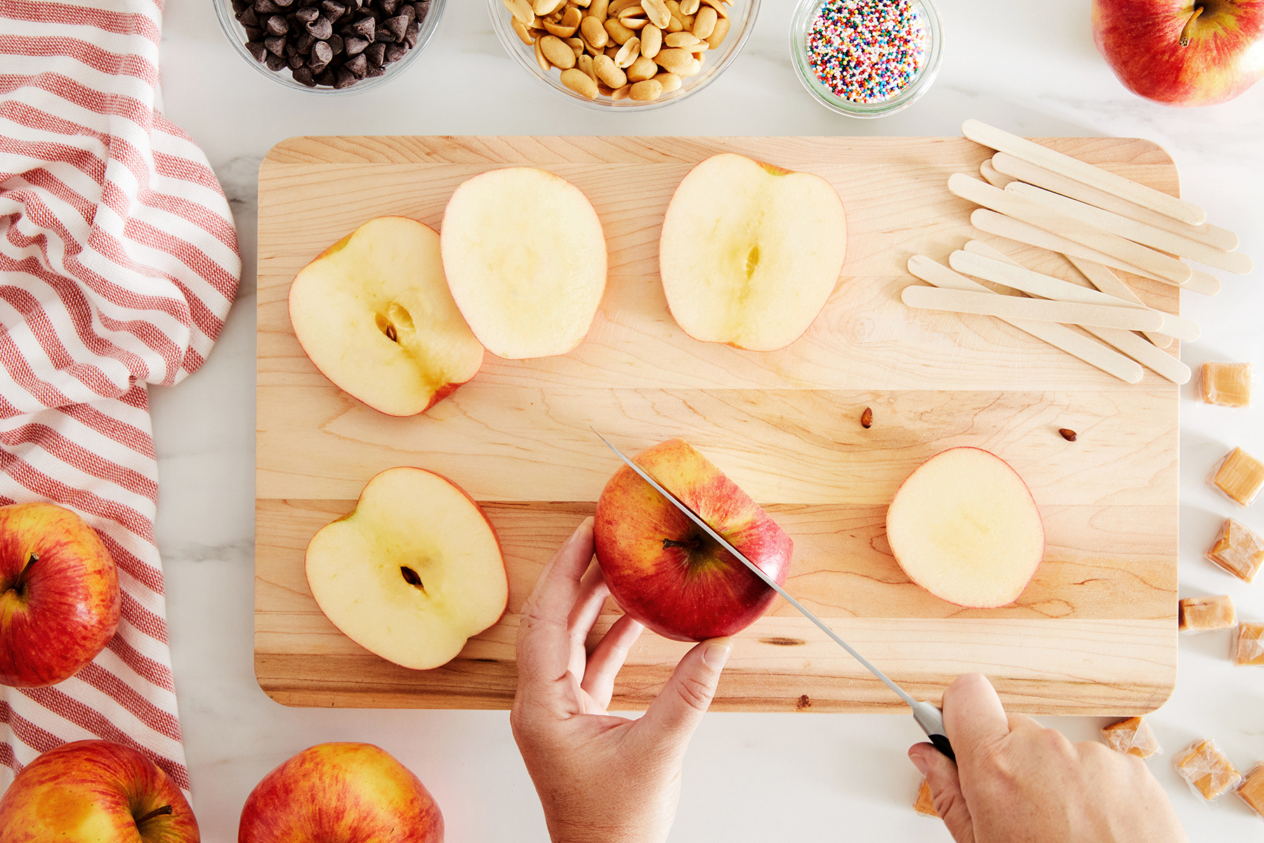 cutting apple into slices