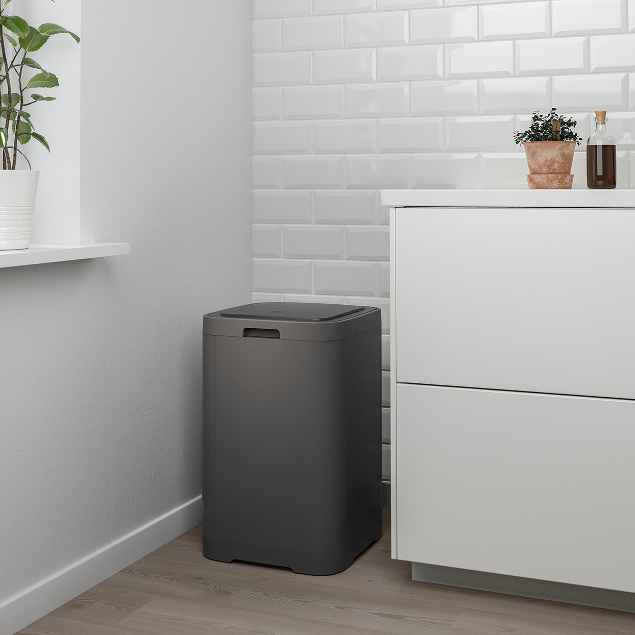 IKEA GIGANTISK Touch Top Trash Can