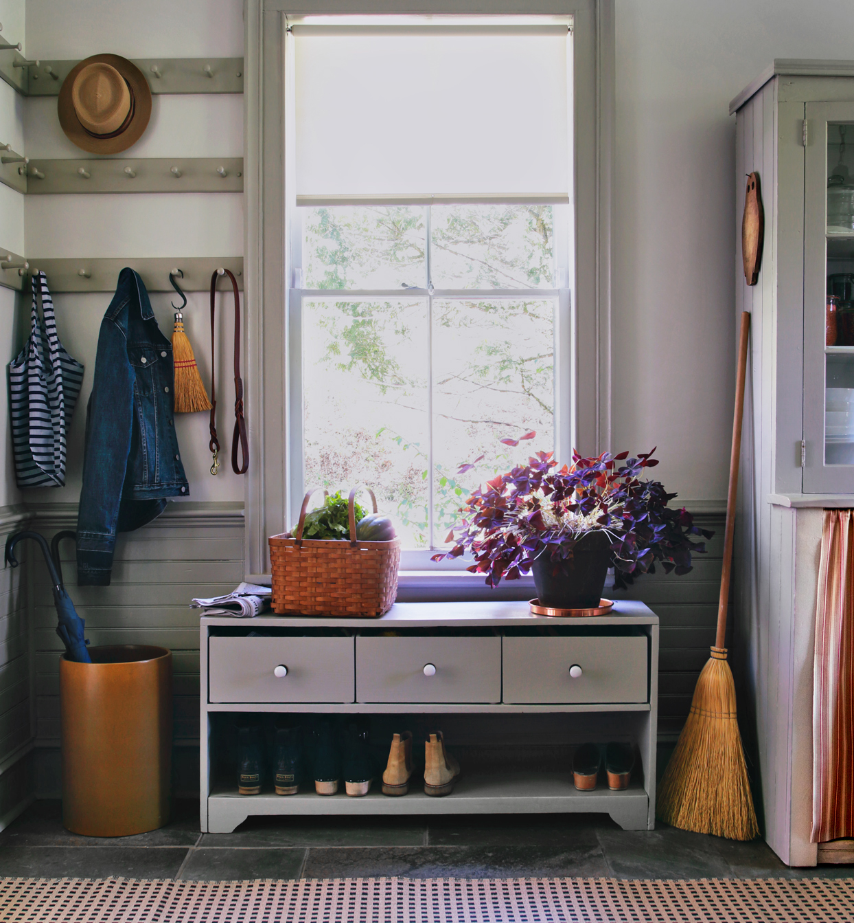 mudroom storage diy project