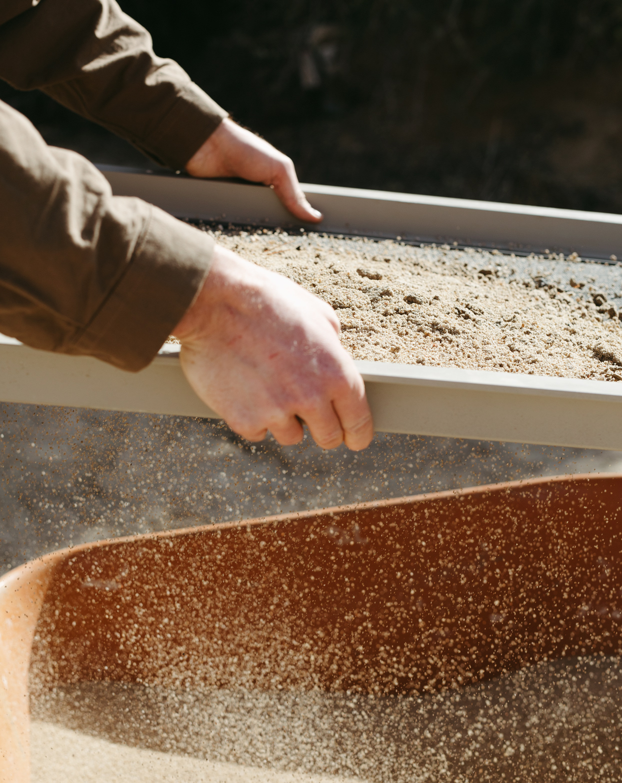 a mix of clay and sand to make plaster