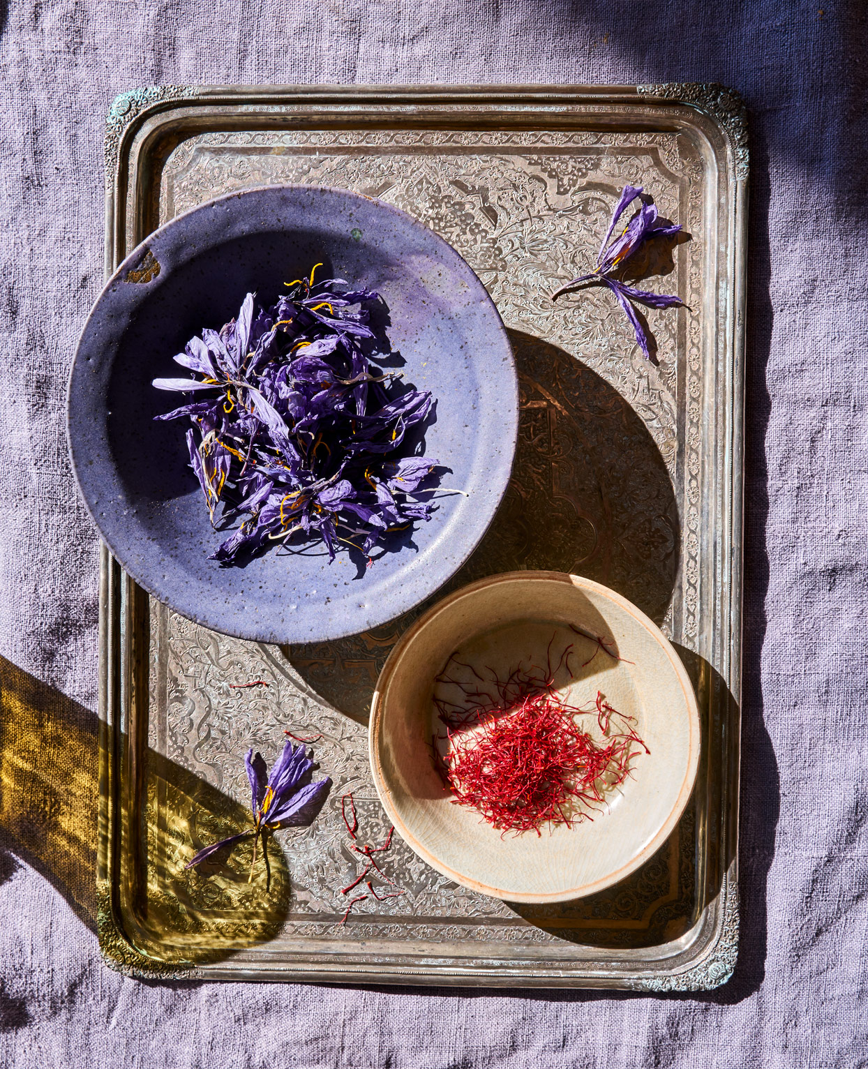 dried saffron flowers and saffron strands