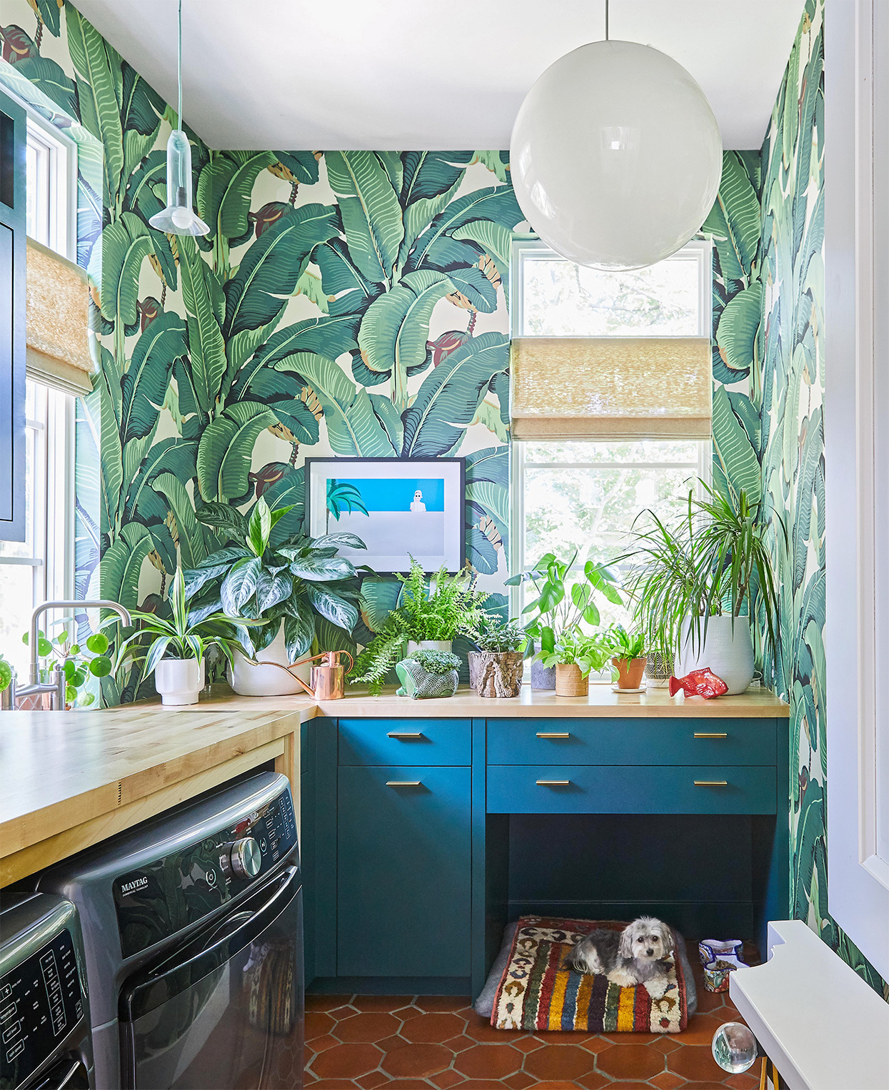 earthy kitchen decorated in blues and greens