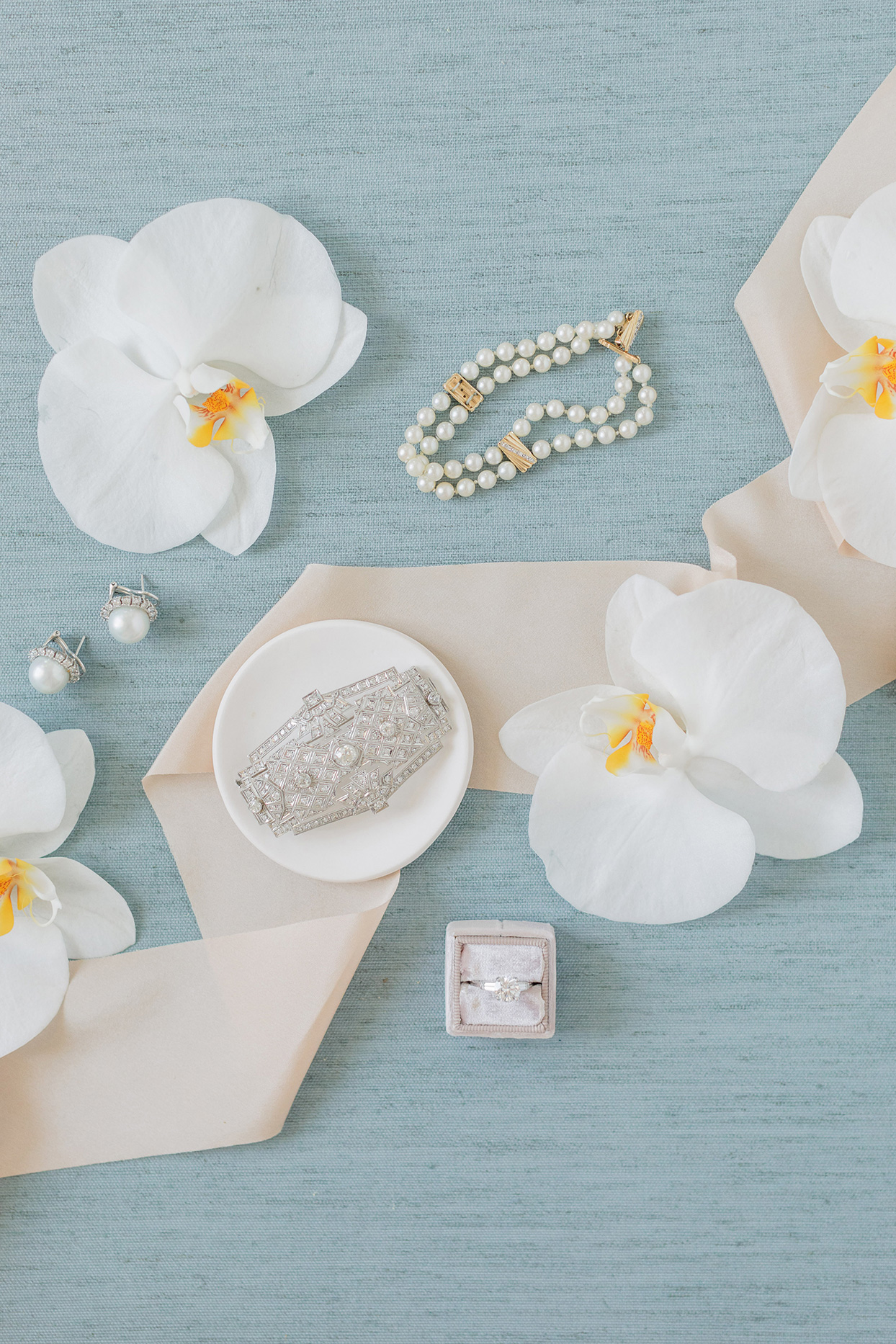 pearl and diamond wedding accessories