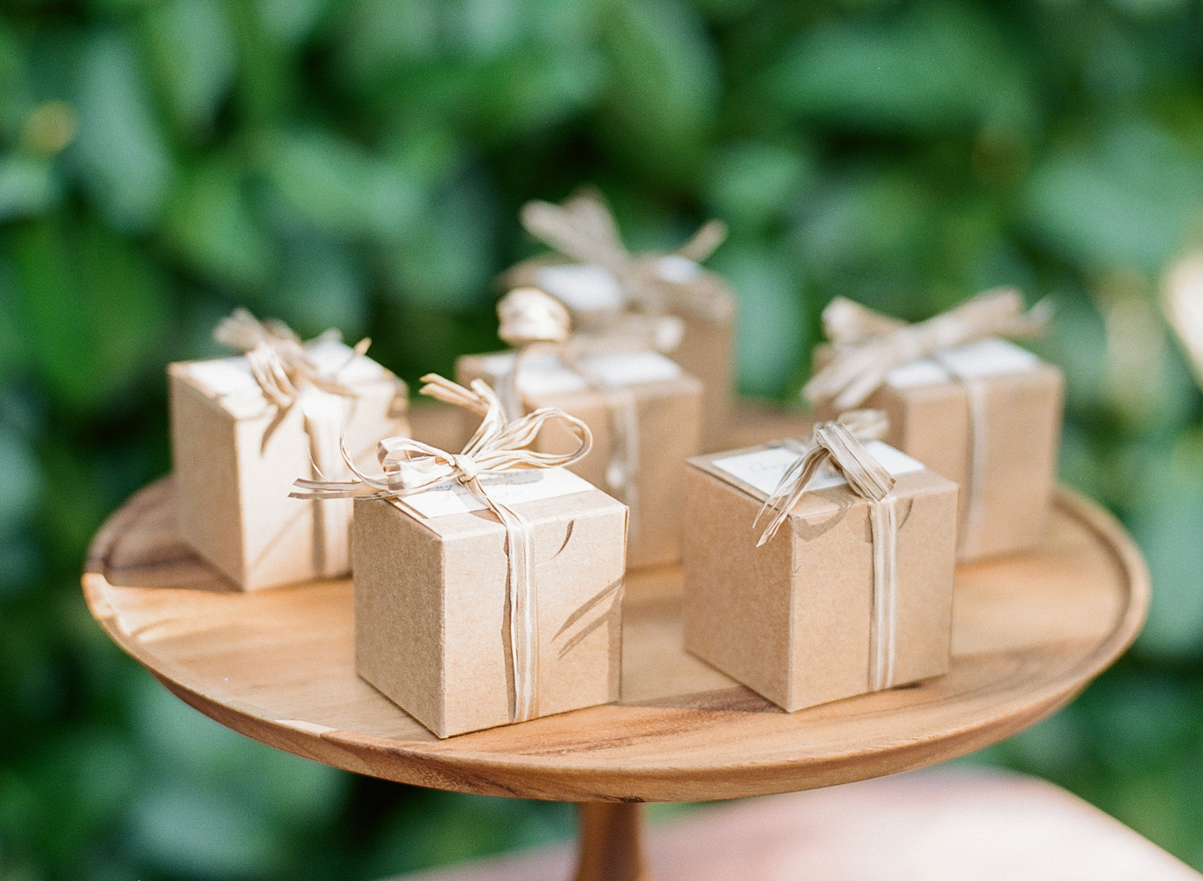 little brown tied boxes wedding favors