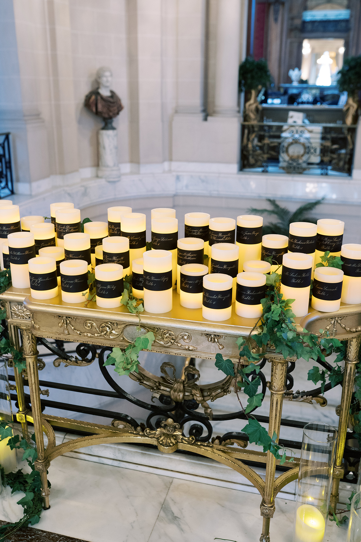 candle seating chart at wedding
