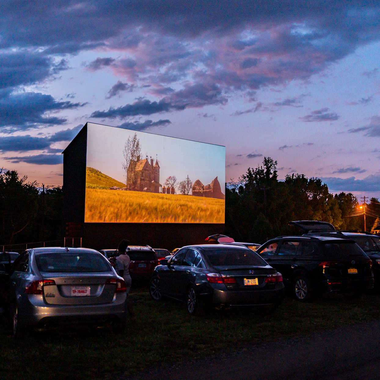 sunset image of Hound's Drive-In in North Carolina