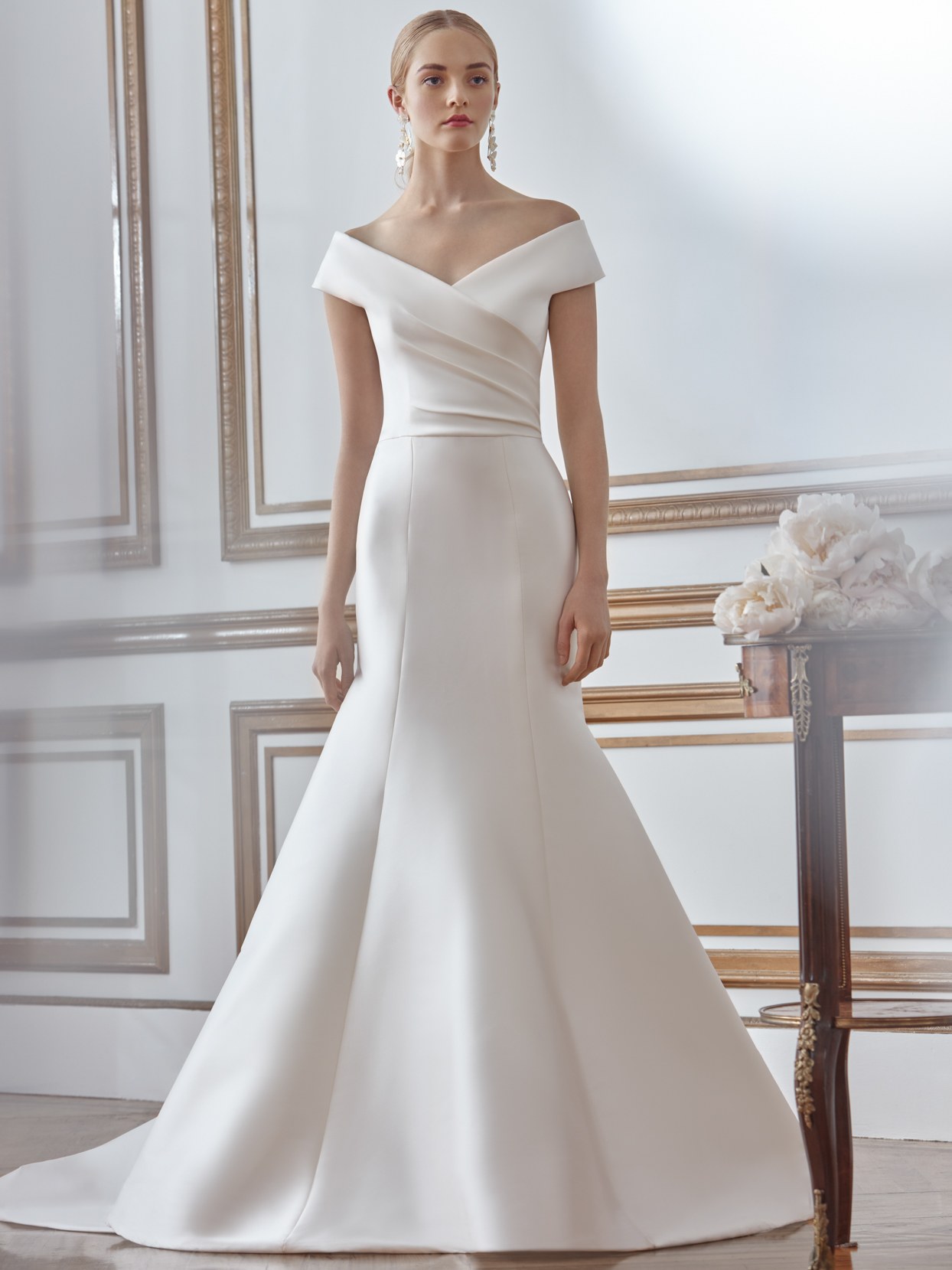sareh nouri trumpet v-neck wedding dress fall 2021