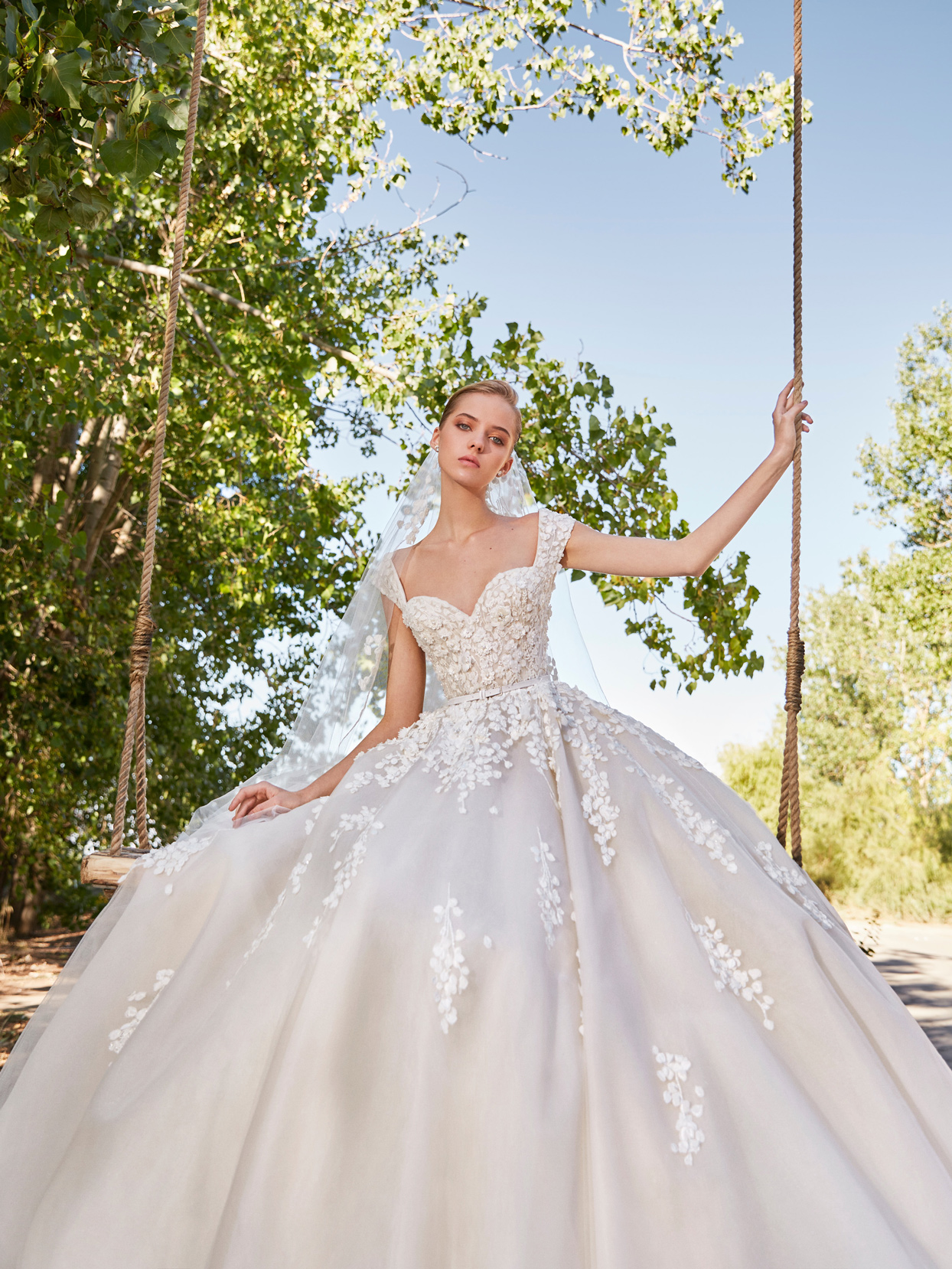 elie saab sweetheart floral applique belted ball gown wedding dress fall 2021