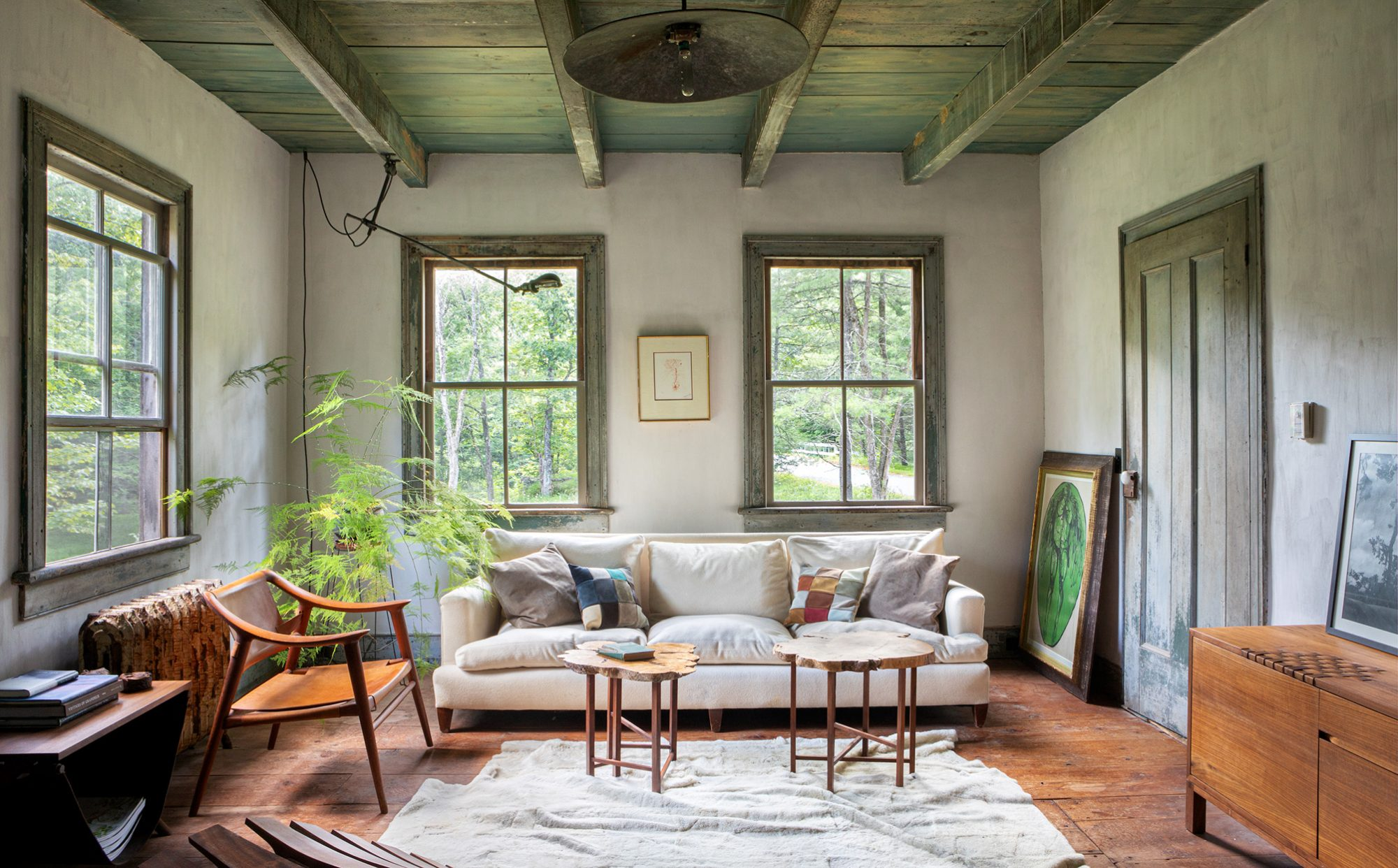 upstate book living room